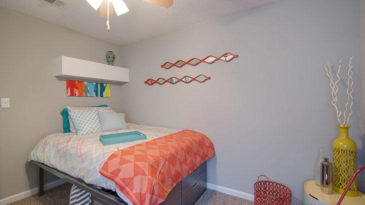 The Hub at Auburn Apartment Homes image 4
