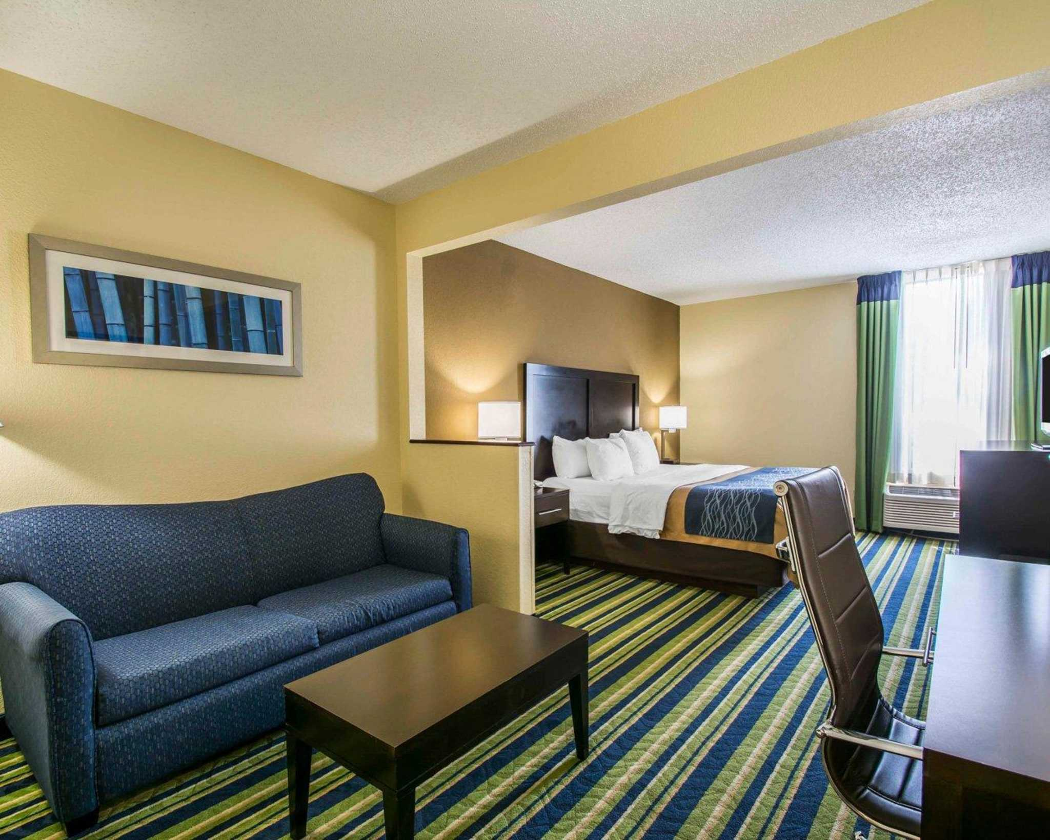 Comfort Inn & Suites Lantana - West Palm Beach South image 24