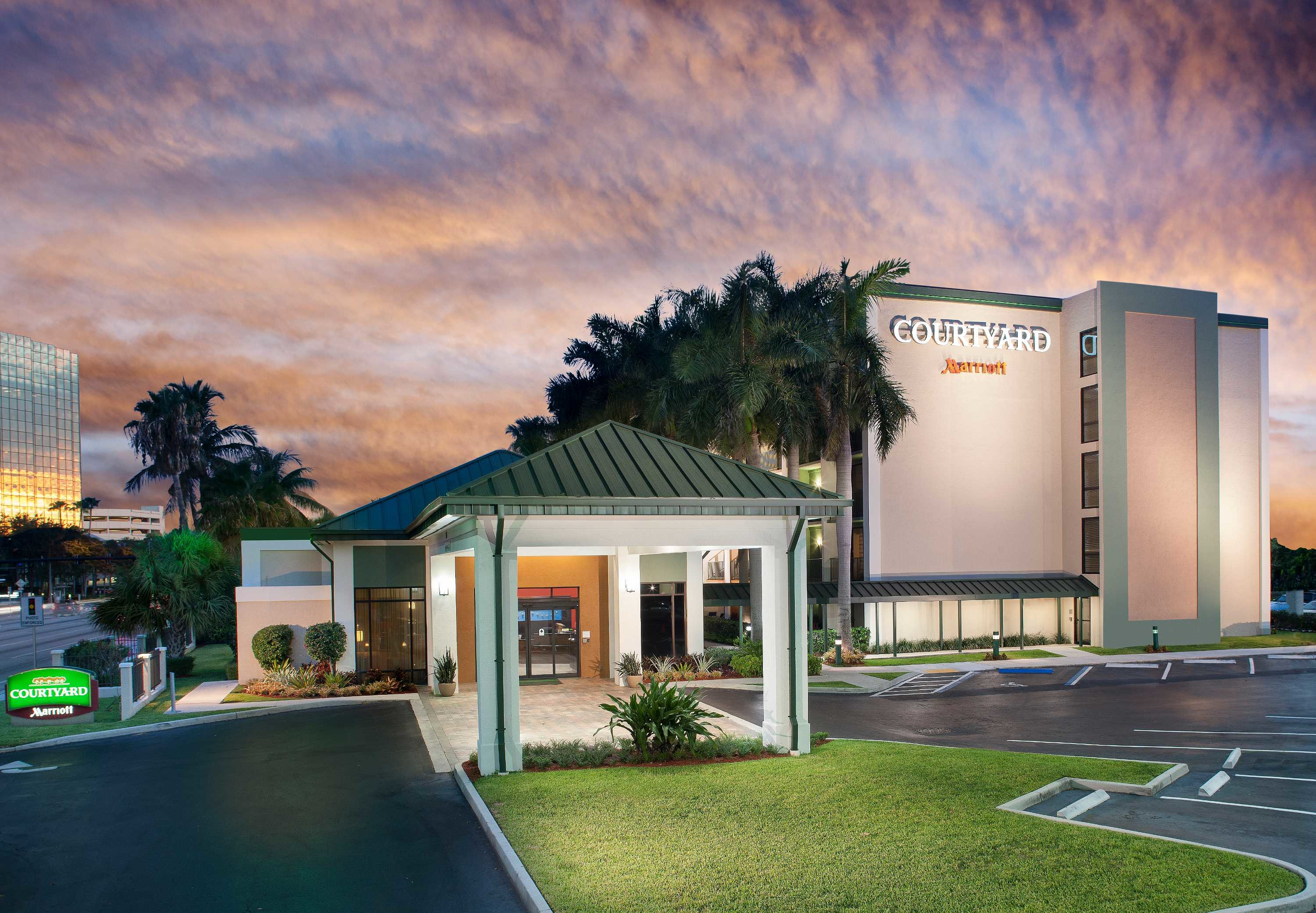 courtyard by marriott fort lauderdale east  lauderdale