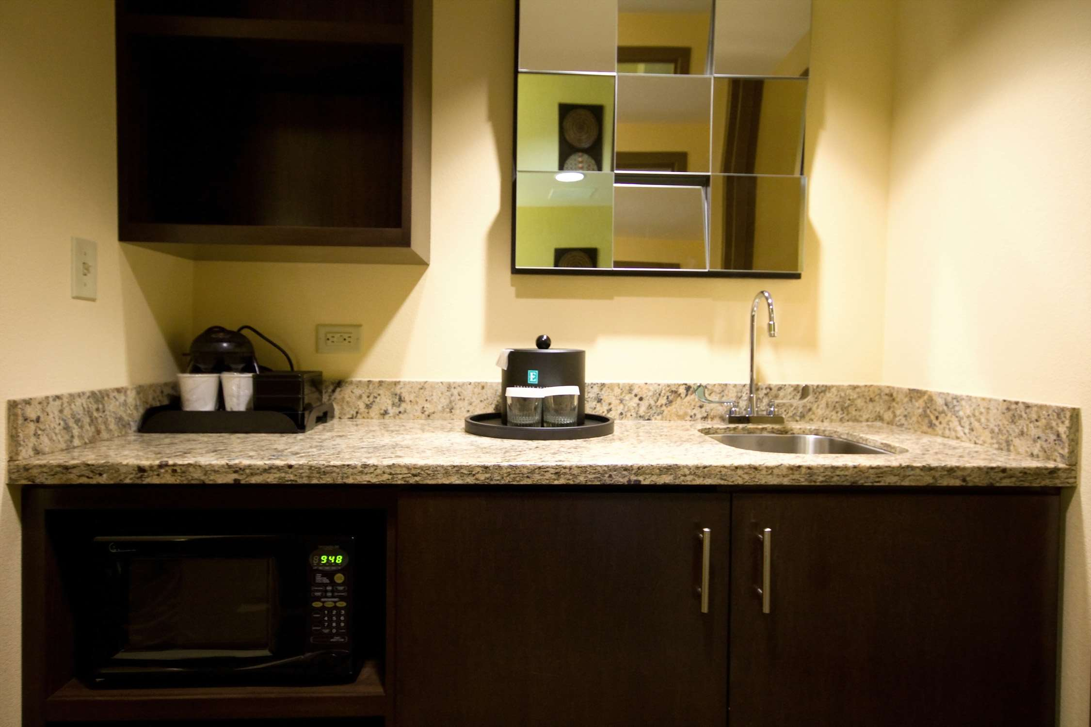 Embassy Suites by Hilton Houston Energy Corridor image 22