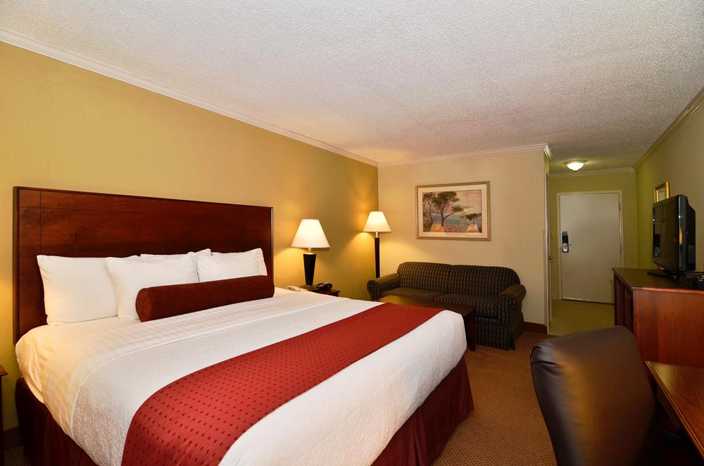 Best Western Plus Morristown Conference Center Hotel image 15