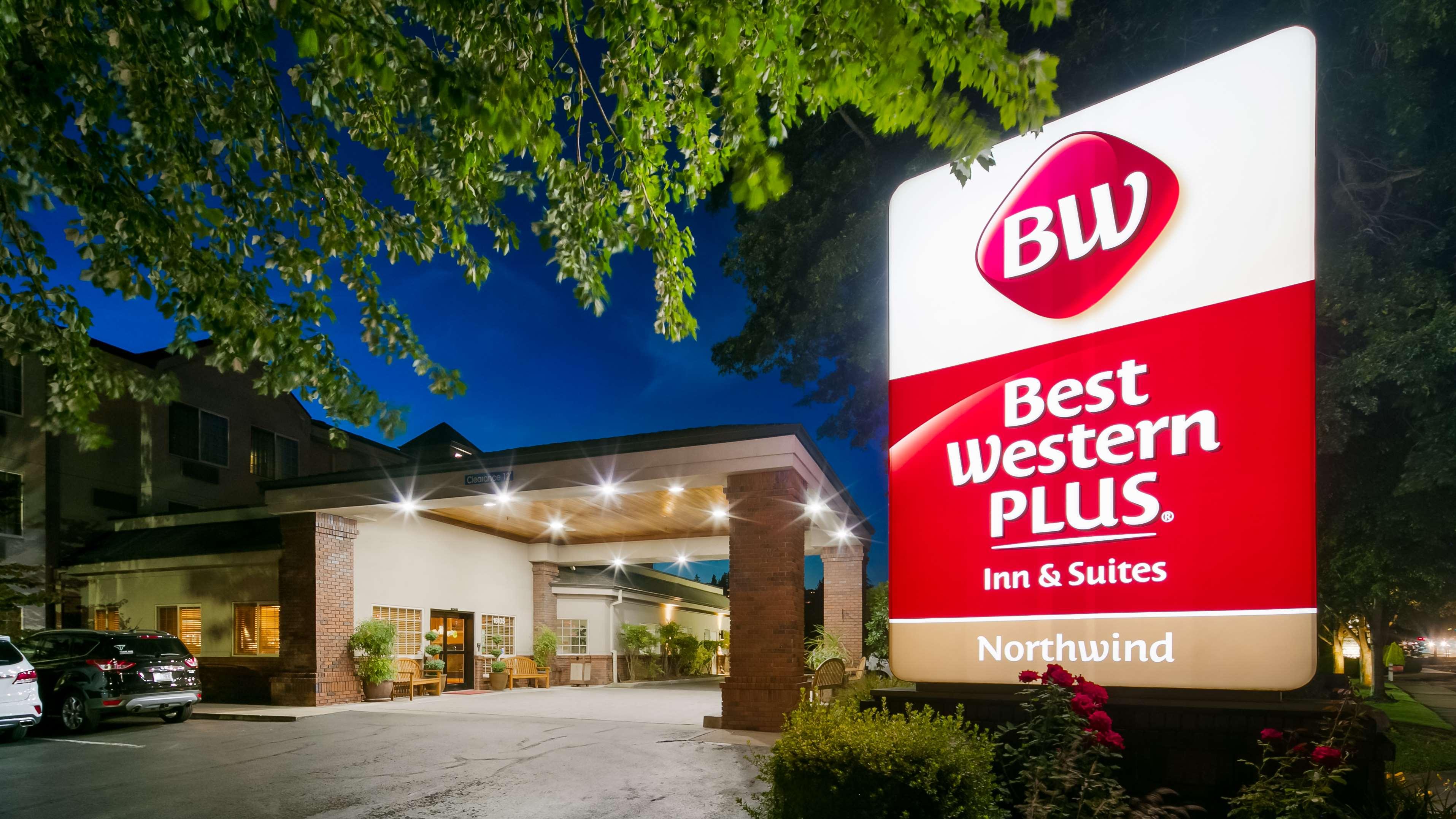 Best Western Plus Northwind Inn & Suites image 0