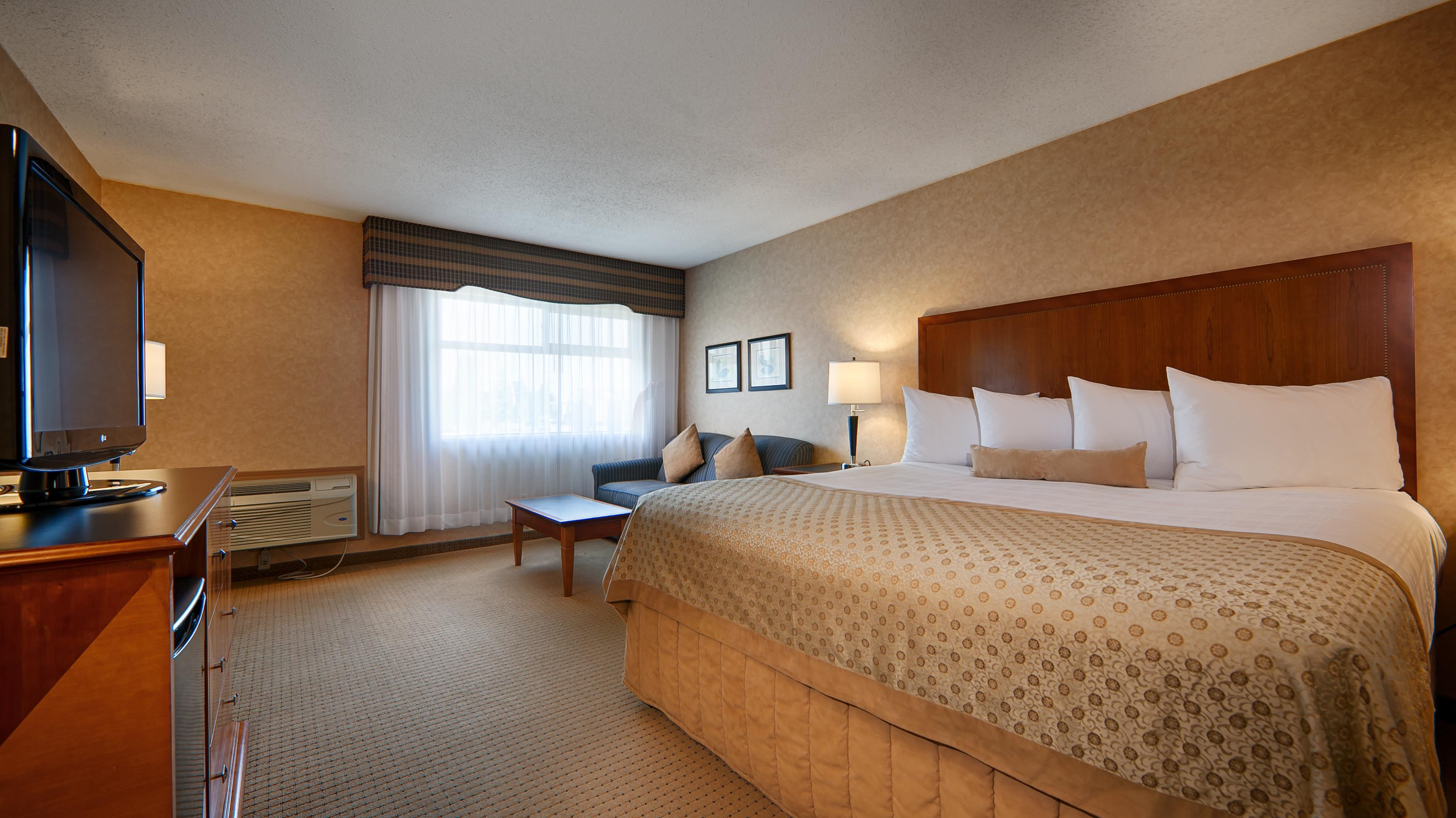 Best Western Plus Langley Inn in Langley: King Guest Room