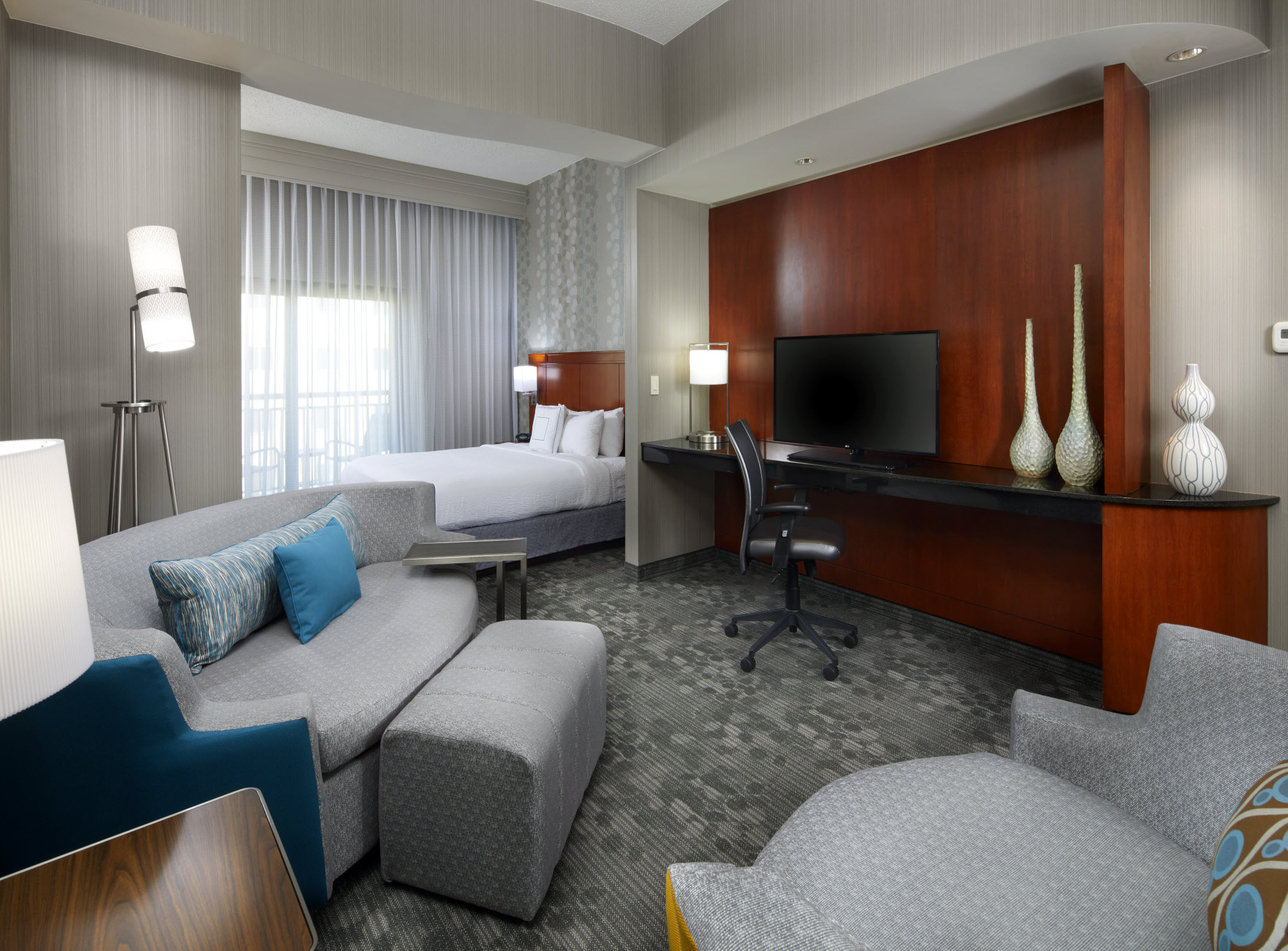Courtyard by Marriott San Antonio Six Flags® at The RIM image 7