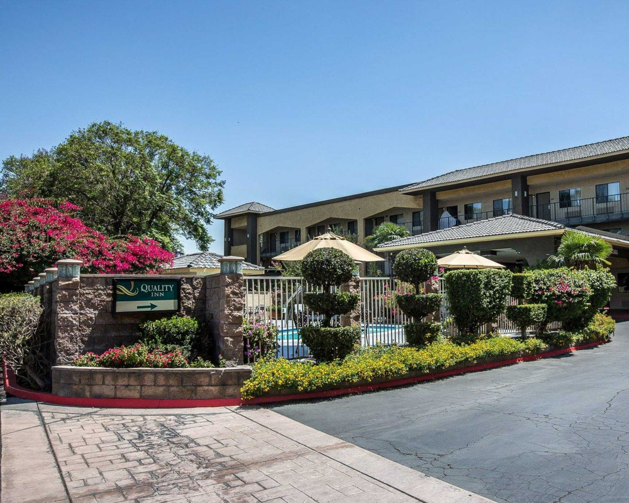 Quality inn ontario airport convention center in ontario for Ontario motor inn ontario ca