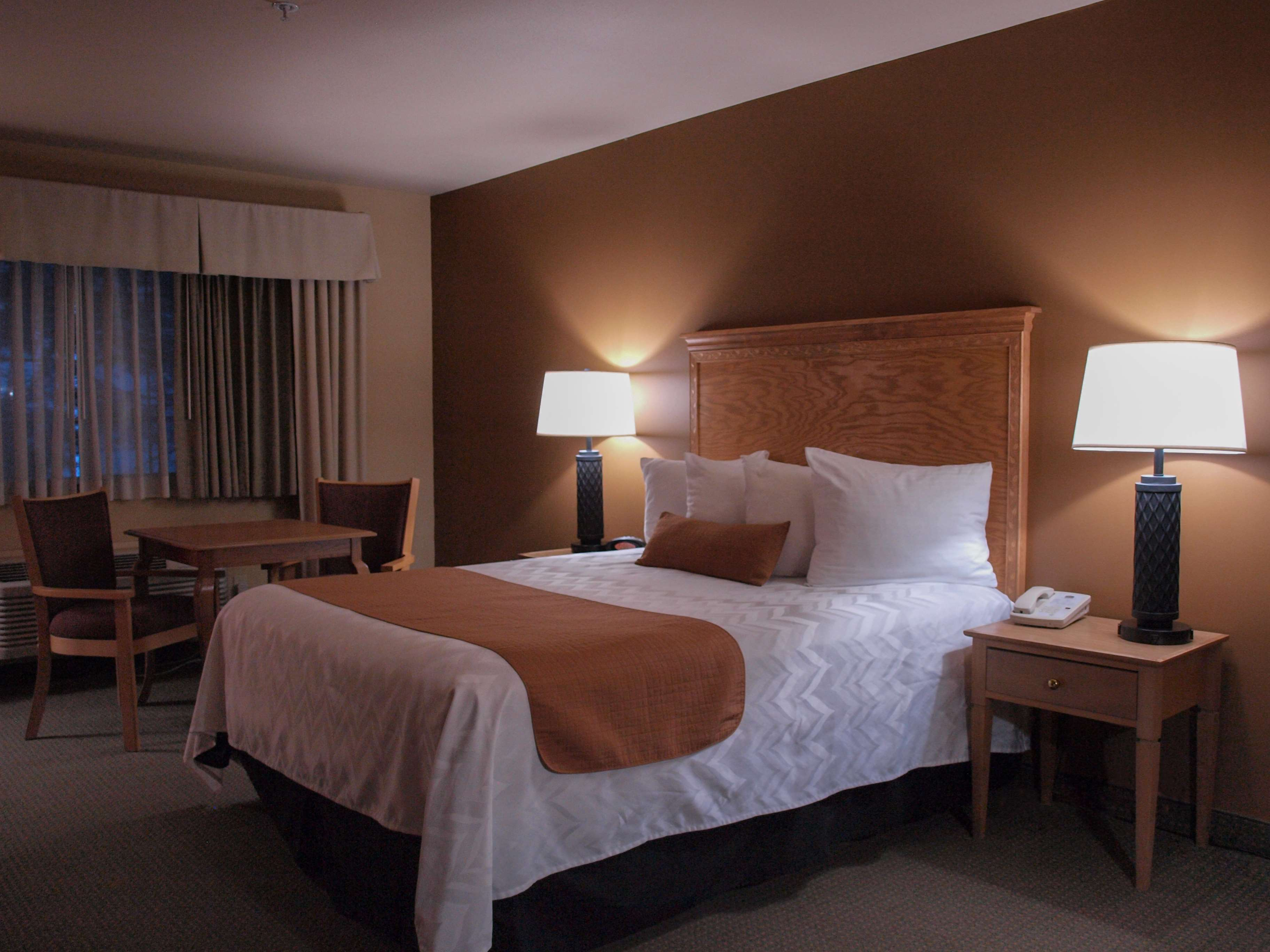 Best Western Plus Caldwell Inn & Suites image 24