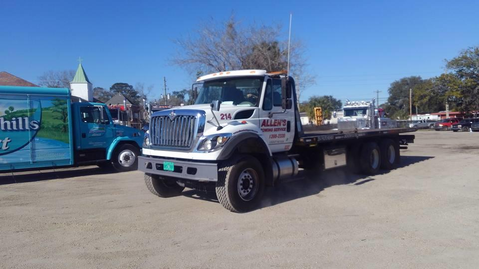 Allen's Towing Service image 3
