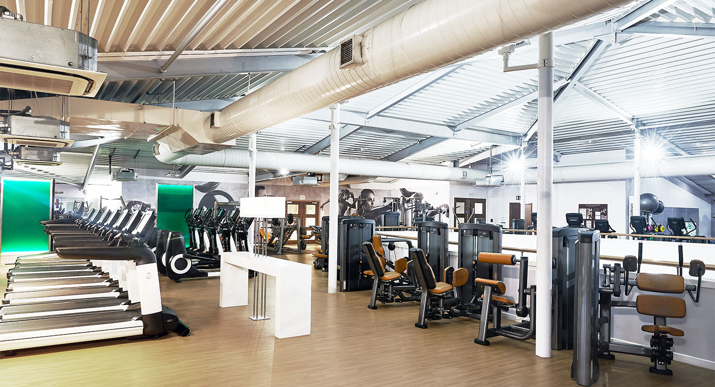David Lloyd Beaconsfield Fitness Equipment In High Wycombe Hp10 0by