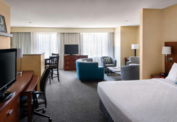 Courtyard By Marriott Sacramento Cal Expo At 1782 Tribute