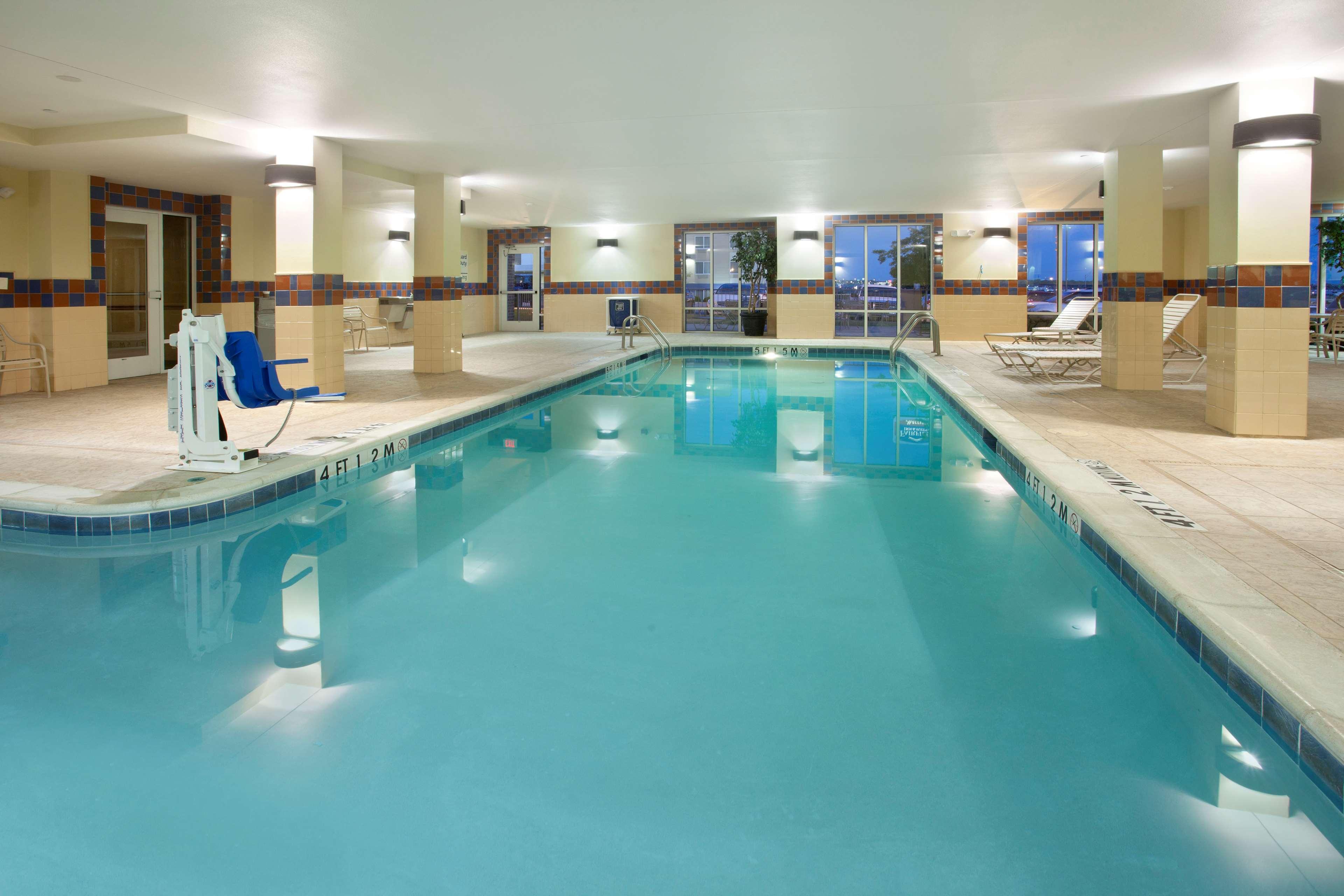 Hampton Inn & Suites Fort Worth-West-I-30 image 4