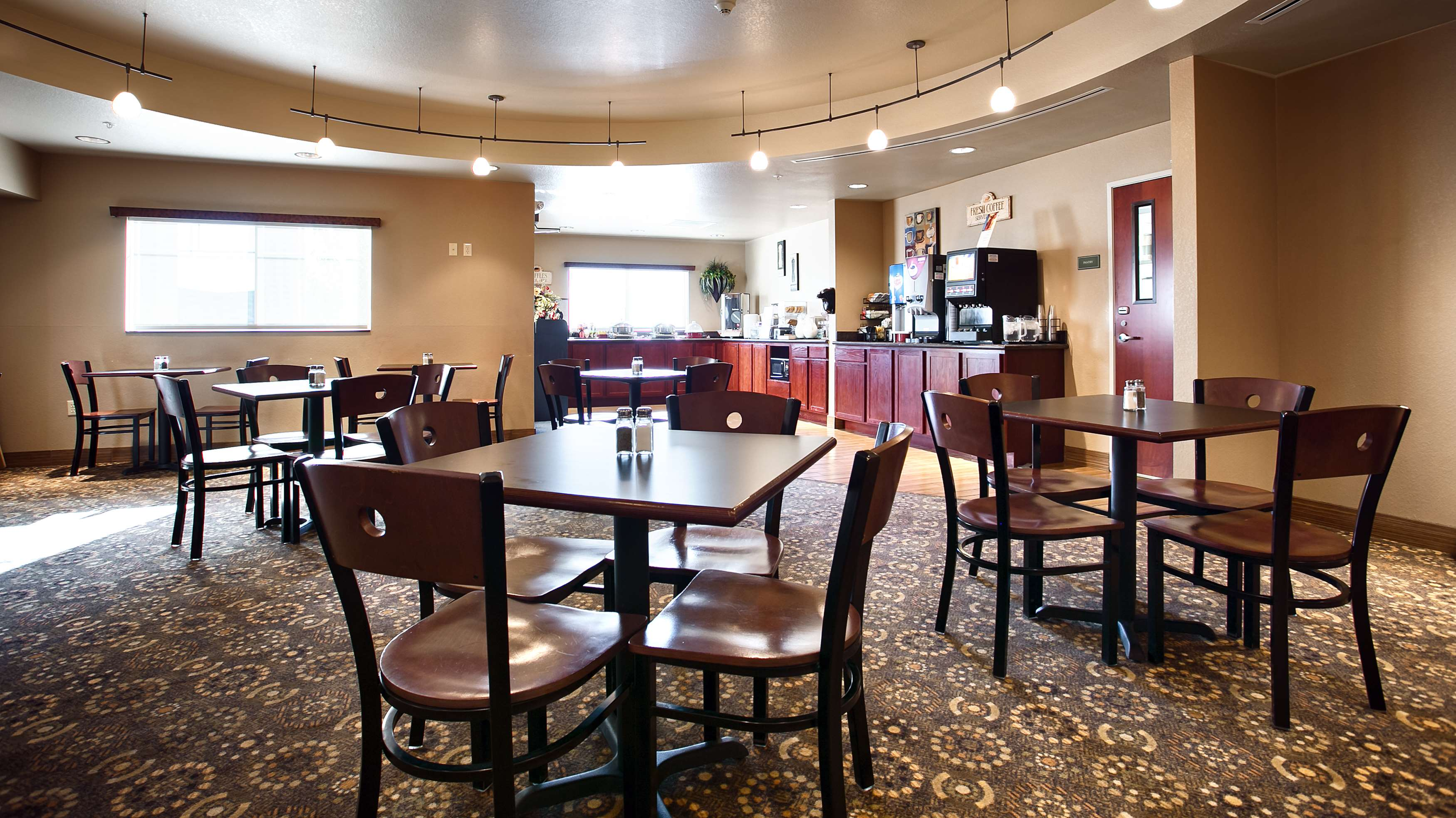 Best Western Plus Fossil Country Inn & Suites image 21