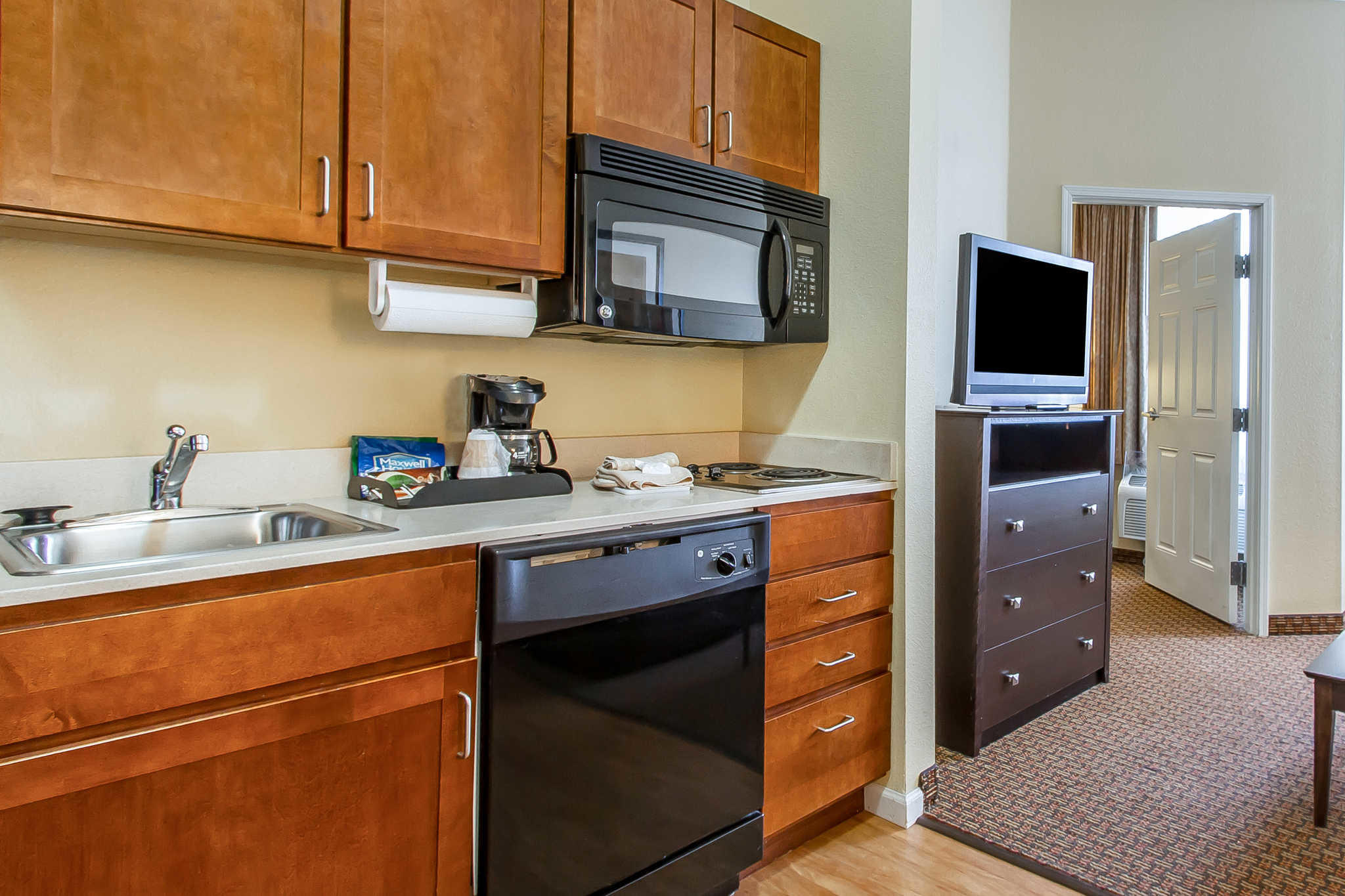MainStay Suites Fort Campbell image 35
