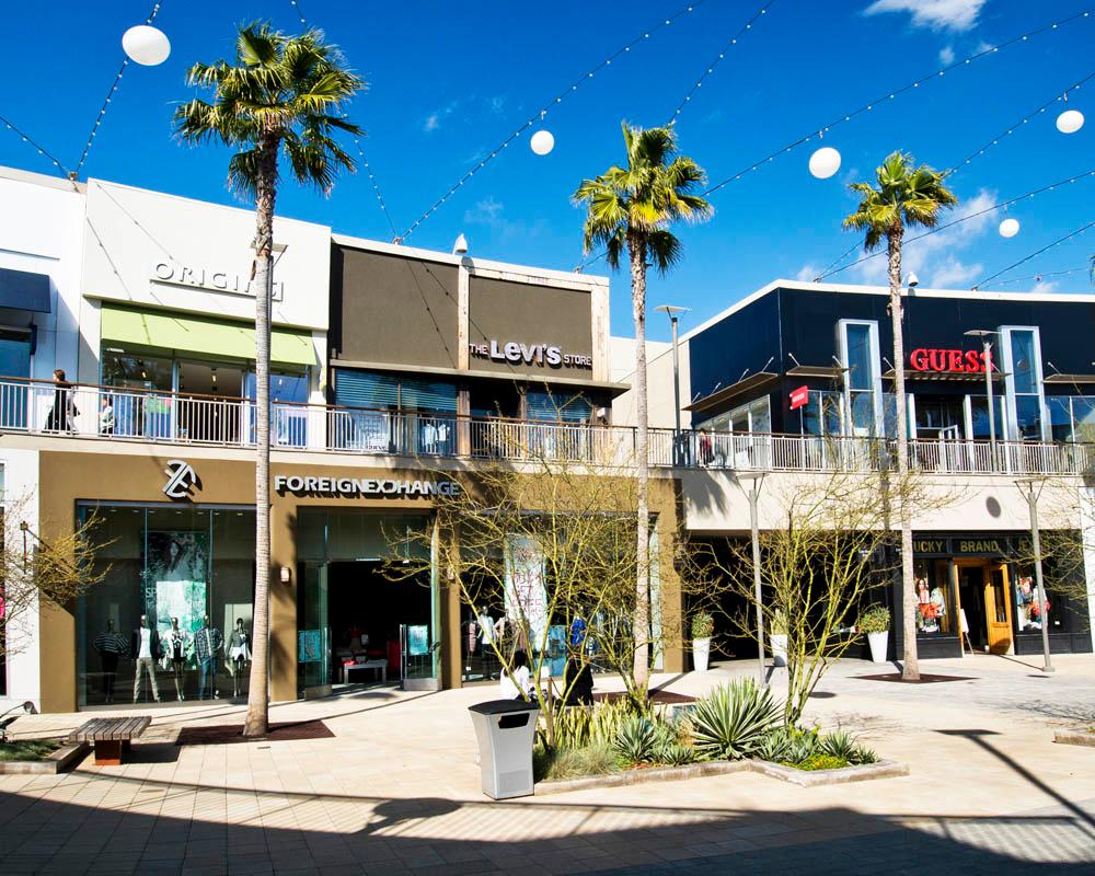 del amo fashion center carson st torrance ca shopping del amo fashion center 3525 carson st torrance ca shopping centers malls mapquest
