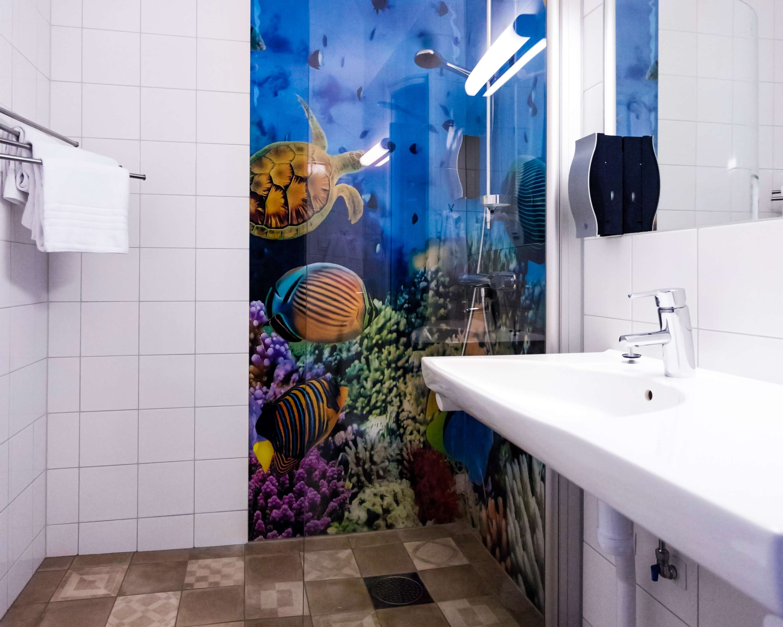 Superior Bathroom w/ Shower