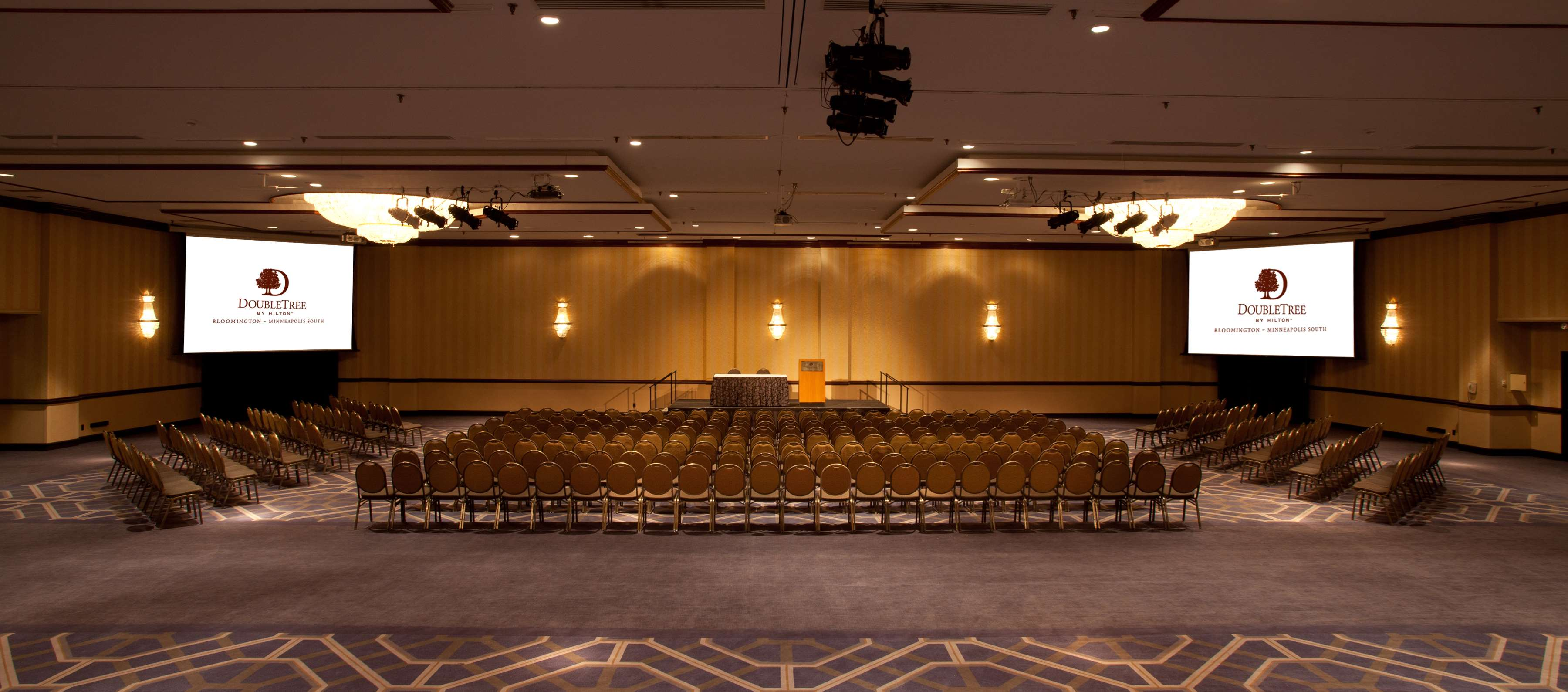 DoubleTree by Hilton Hotel Bloomington - Minneapolis South image 25