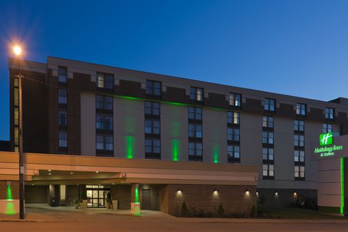 Holiday Inn Hotel & Suites Mansfield-Conference Ctr - ad image