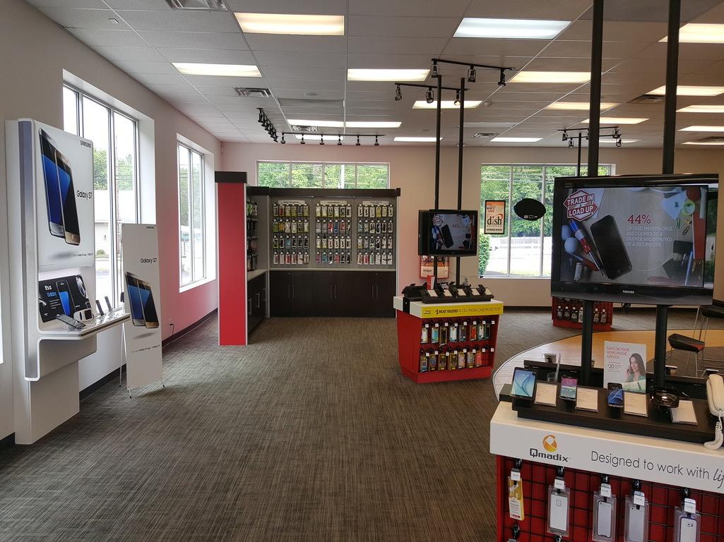Verizon Authorized Retailer - TCC in Abington, MA, photo #3