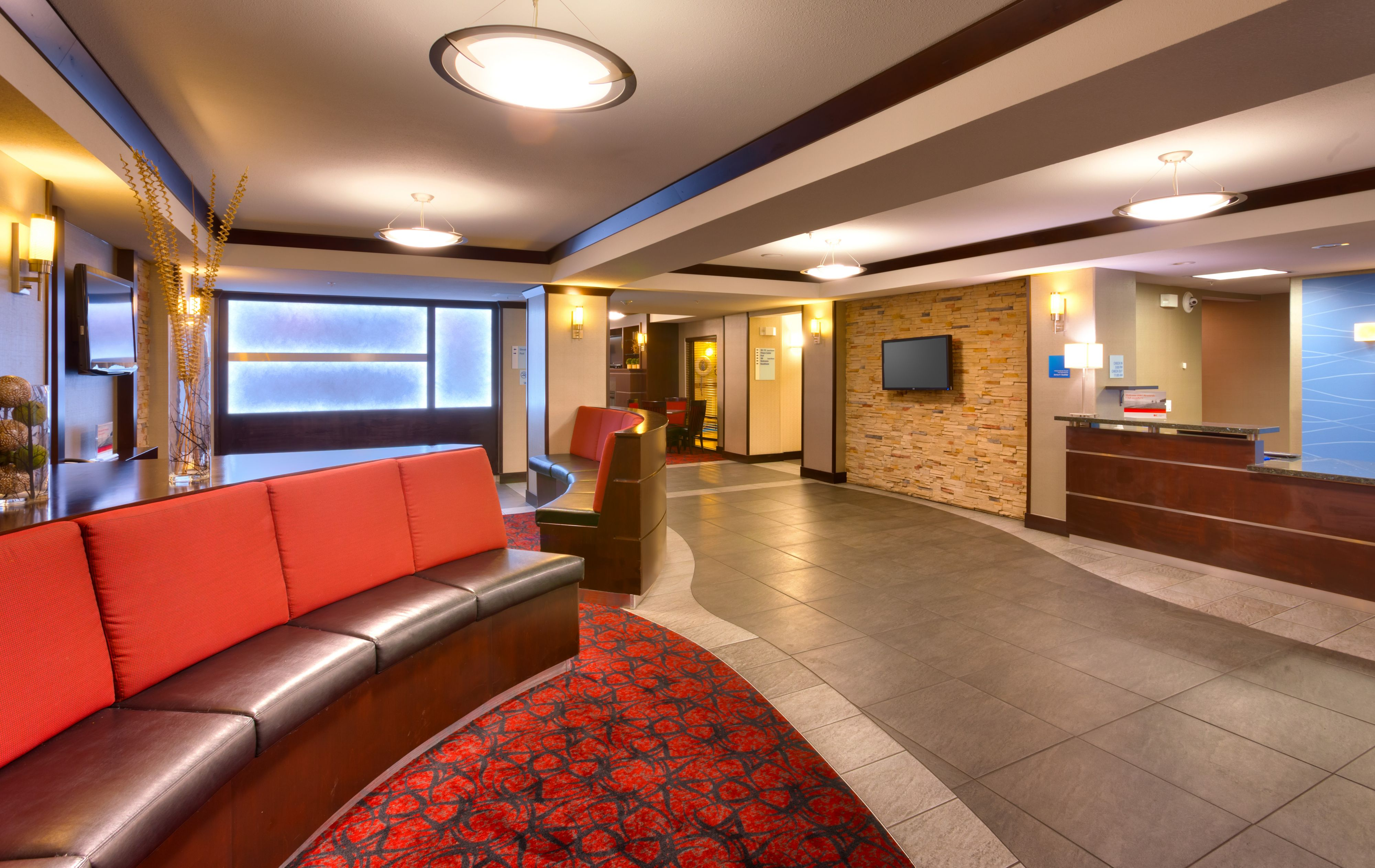 Holiday Inn Express & Suites Grand Junction image 4