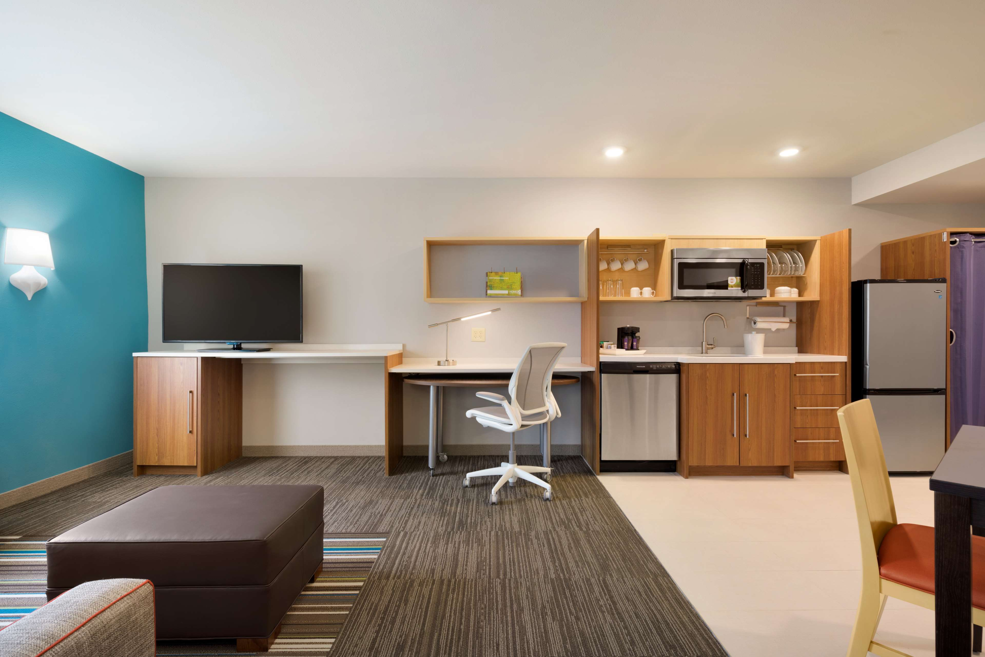 Home2 Suites by Hilton Roanoke image 33