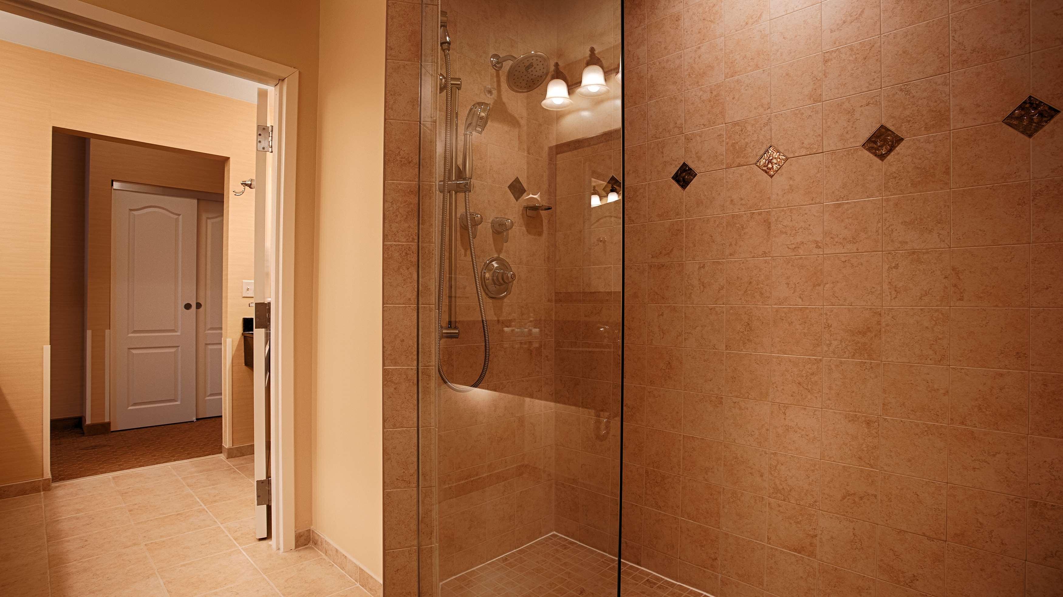 Best Western Plus Vineyard Inn & Suites image 11