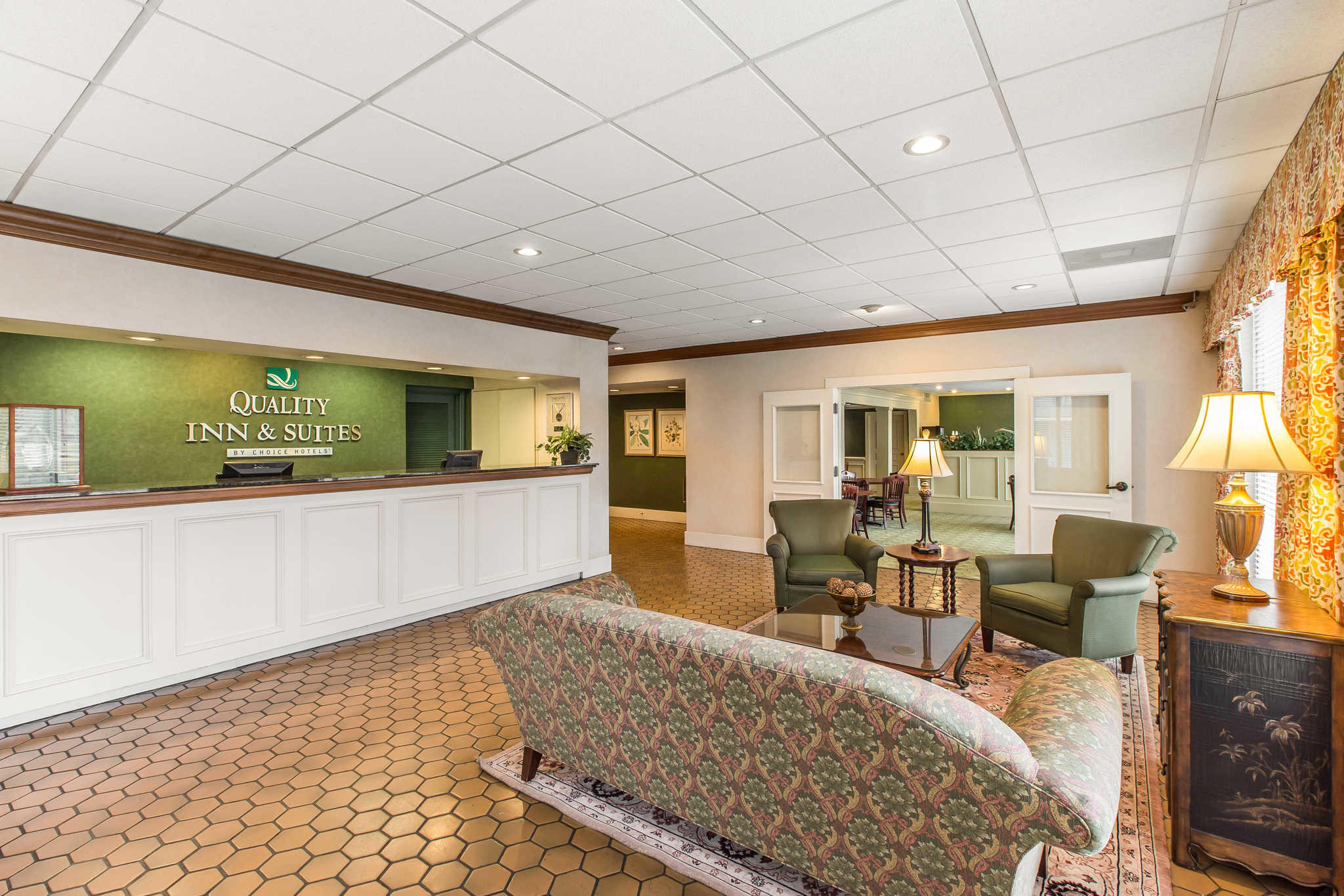 Quality Inn & Suites Conference Center image 4