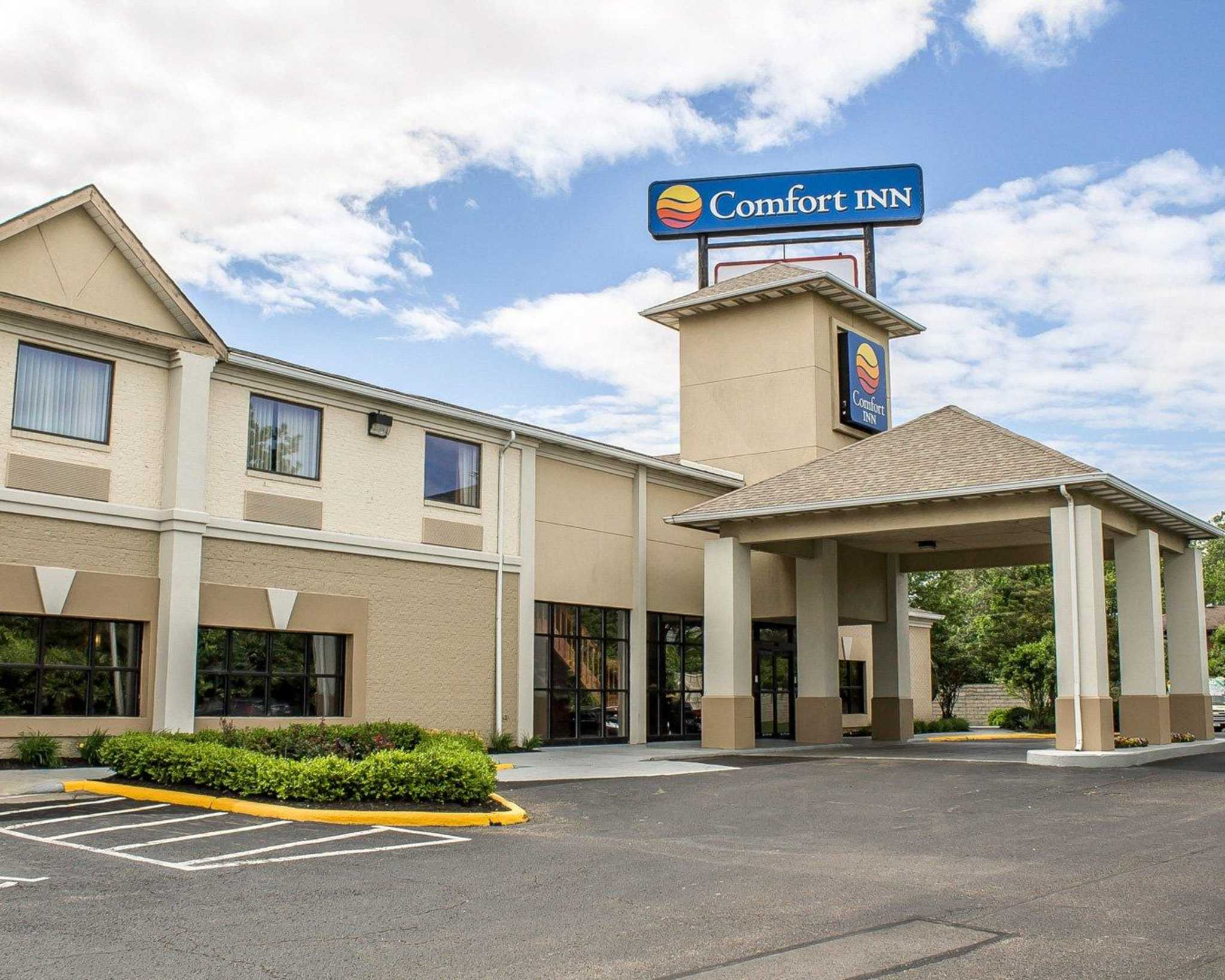 Comfort Inn North Conference Center image 1