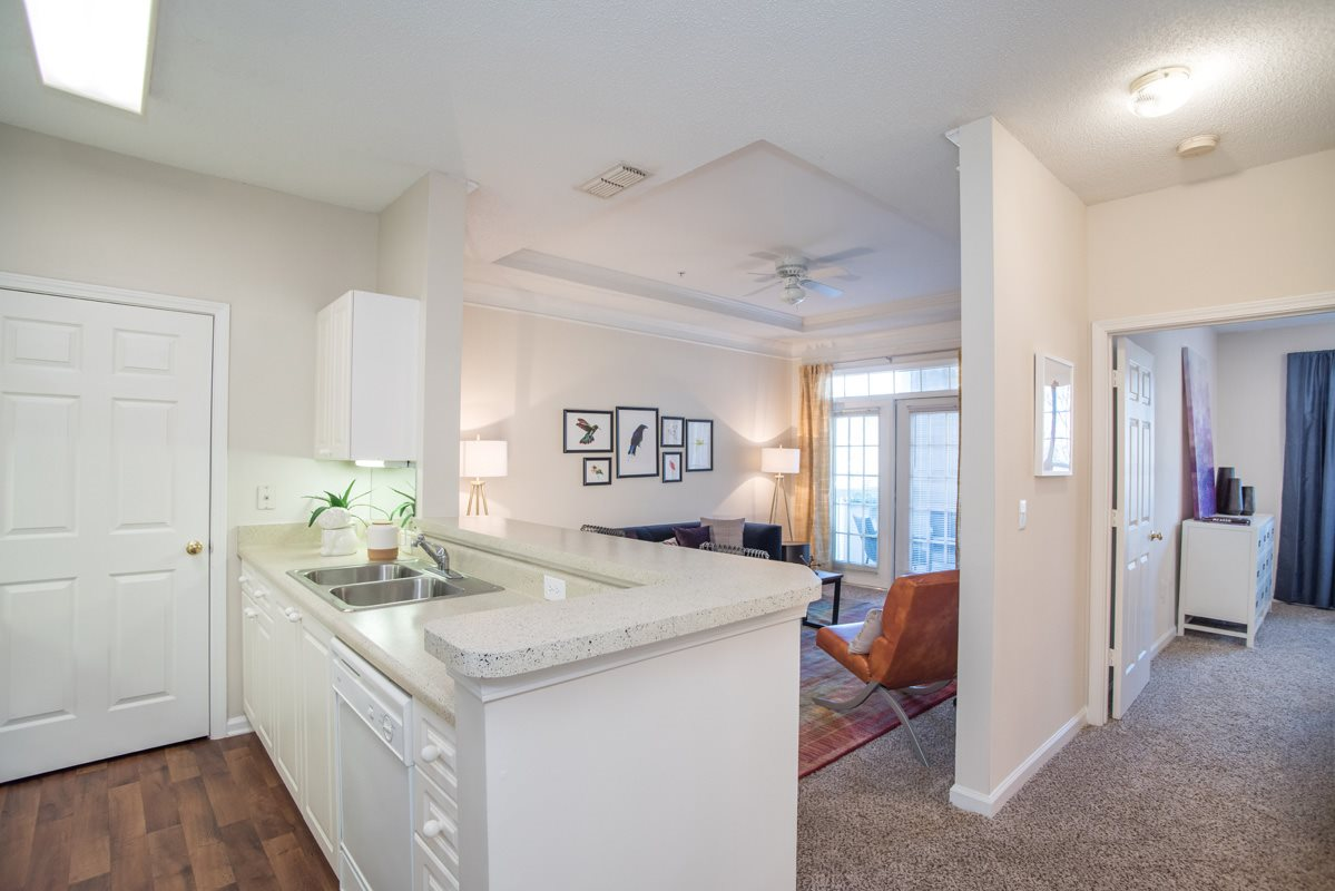 The Retreat at River Park Apartments image 1