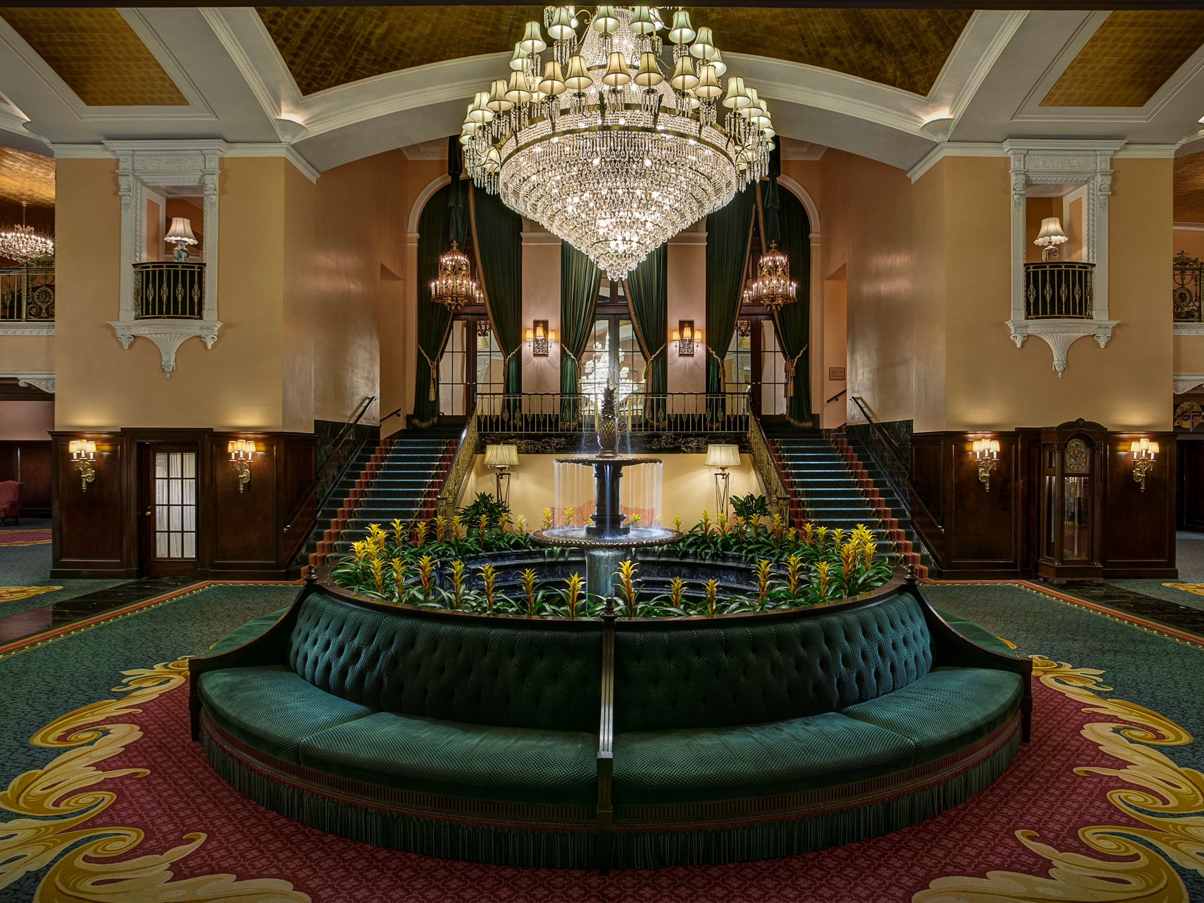 Amway Grand Plaza, Curio Collection by Hilton image 2