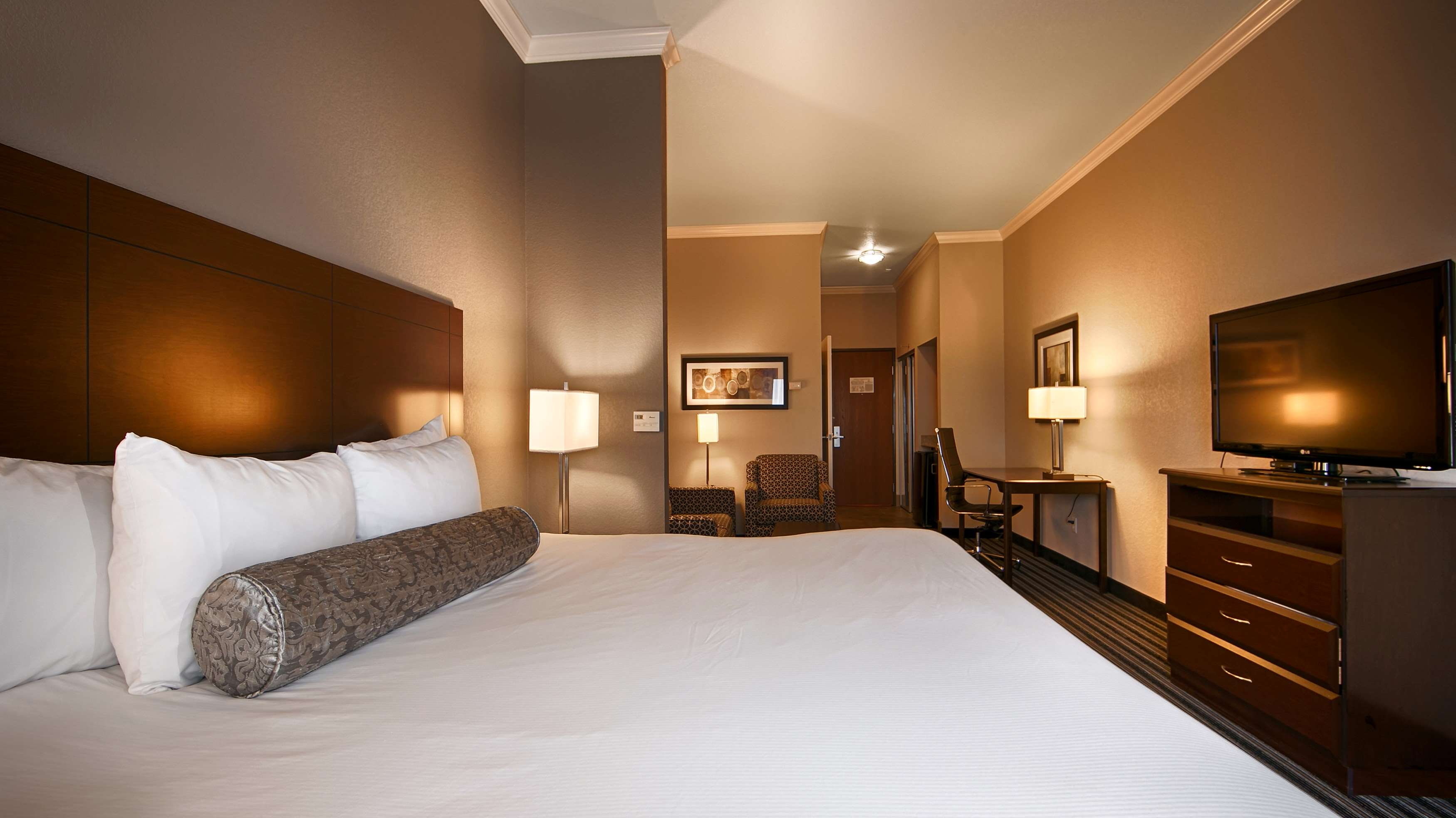 Best Western Plus Austin Airport Inn & Suites image 5