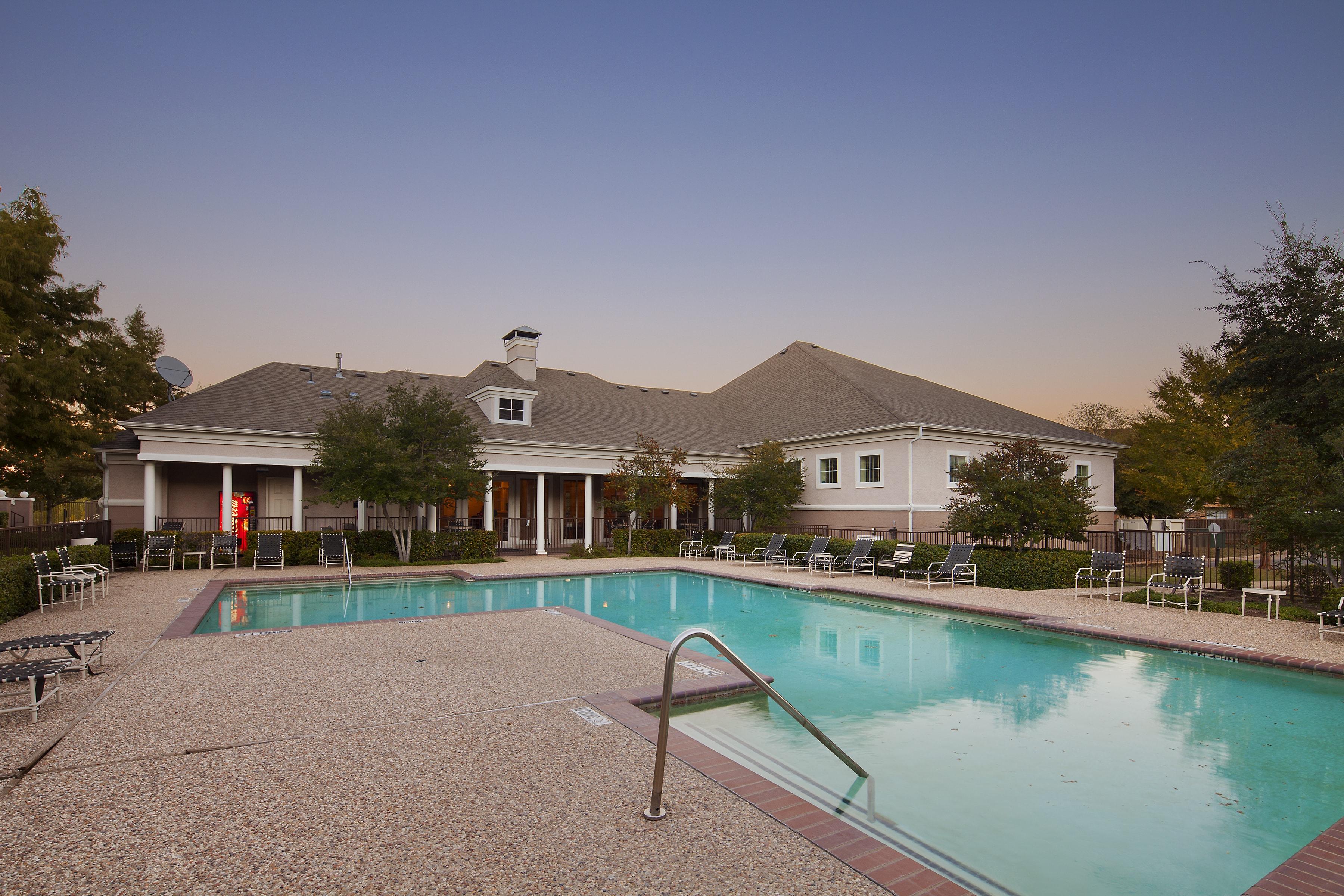 The Reserve at Las Brisas Apartments image 4