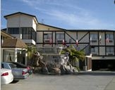 Jolly Roger Hotel image 1