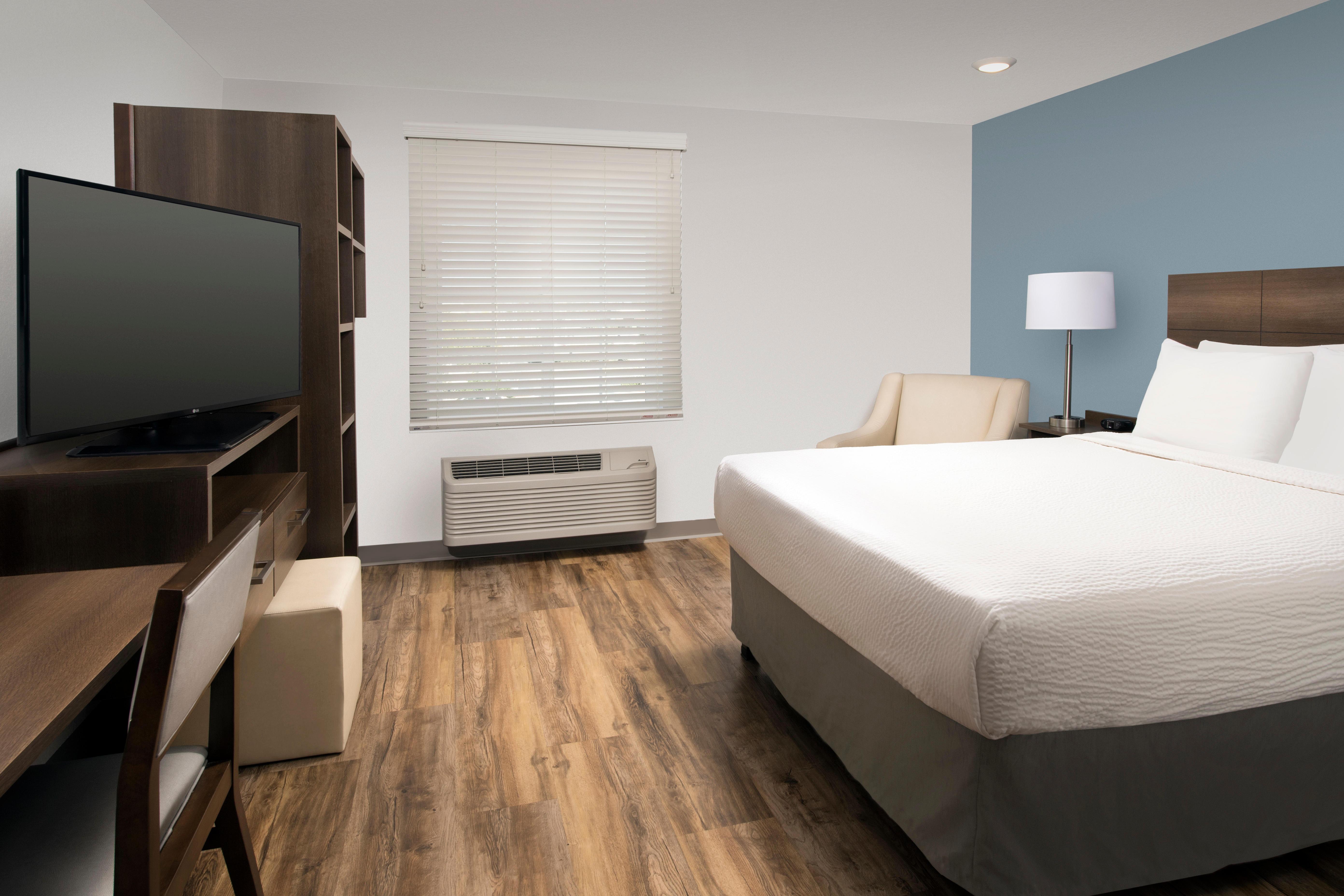 WoodSpring Suites Clearwater image 14