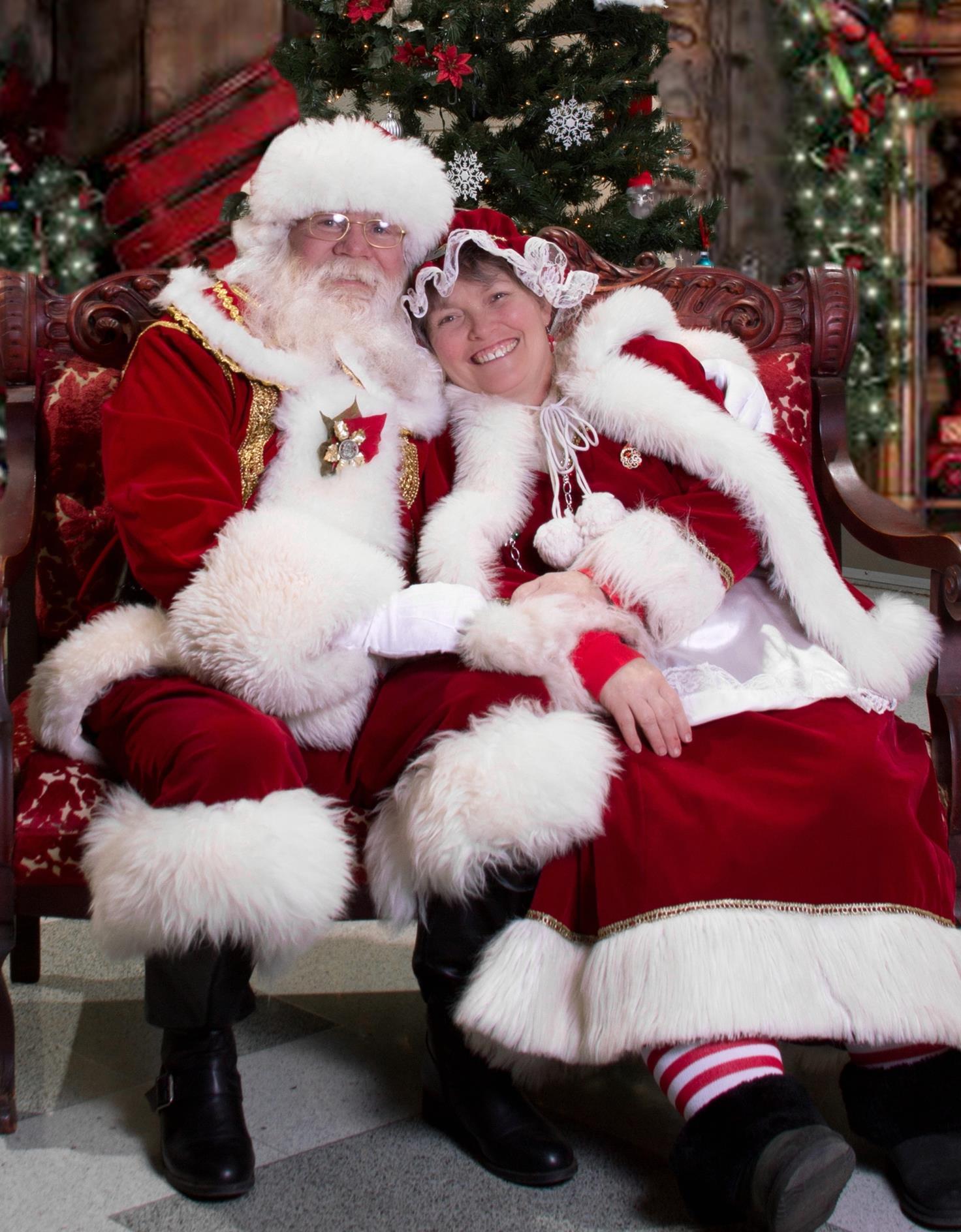 Kathy's Kopies / Santa's Chest image 2