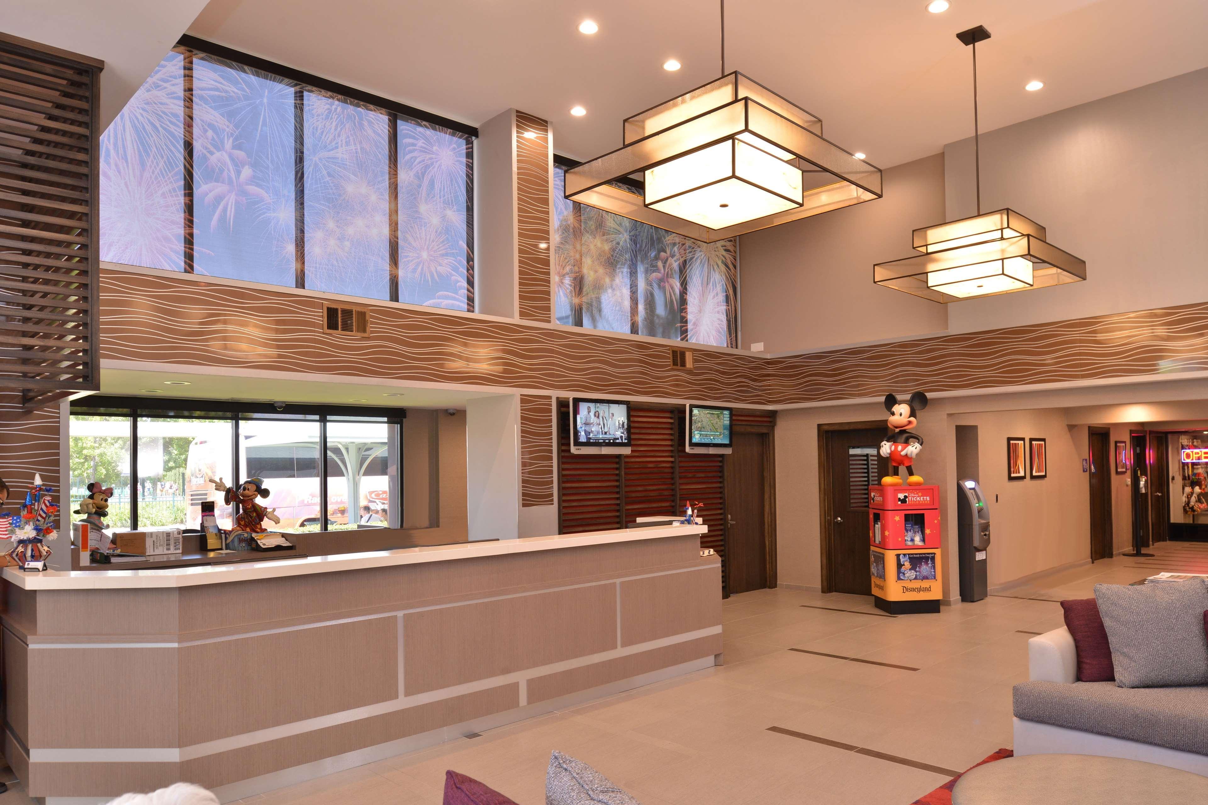 Best Western Plus Park Place Inn - Mini Suites image 4