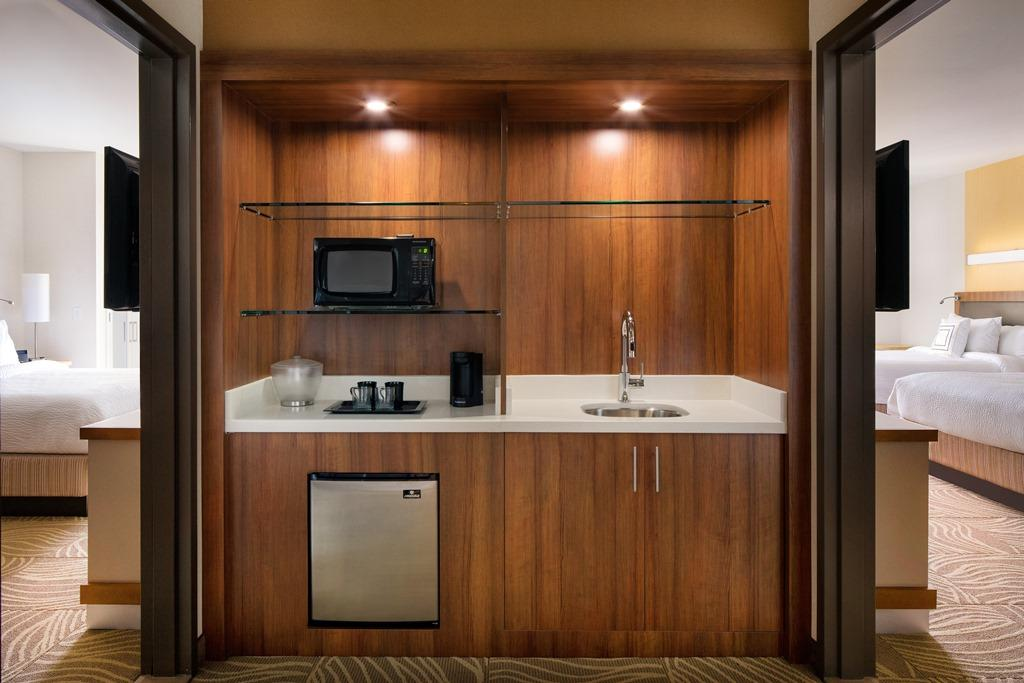 Suite Amenities - Each of our Burbank hotel suites features a generous wet bar, complete with a mini-refrigerator, microwave, sink and coffee maker to make guests feel at home.