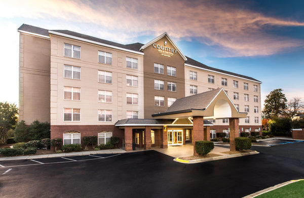 Country Inn & Suites by Radisson, Lake Norman Huntersville, NC image 0