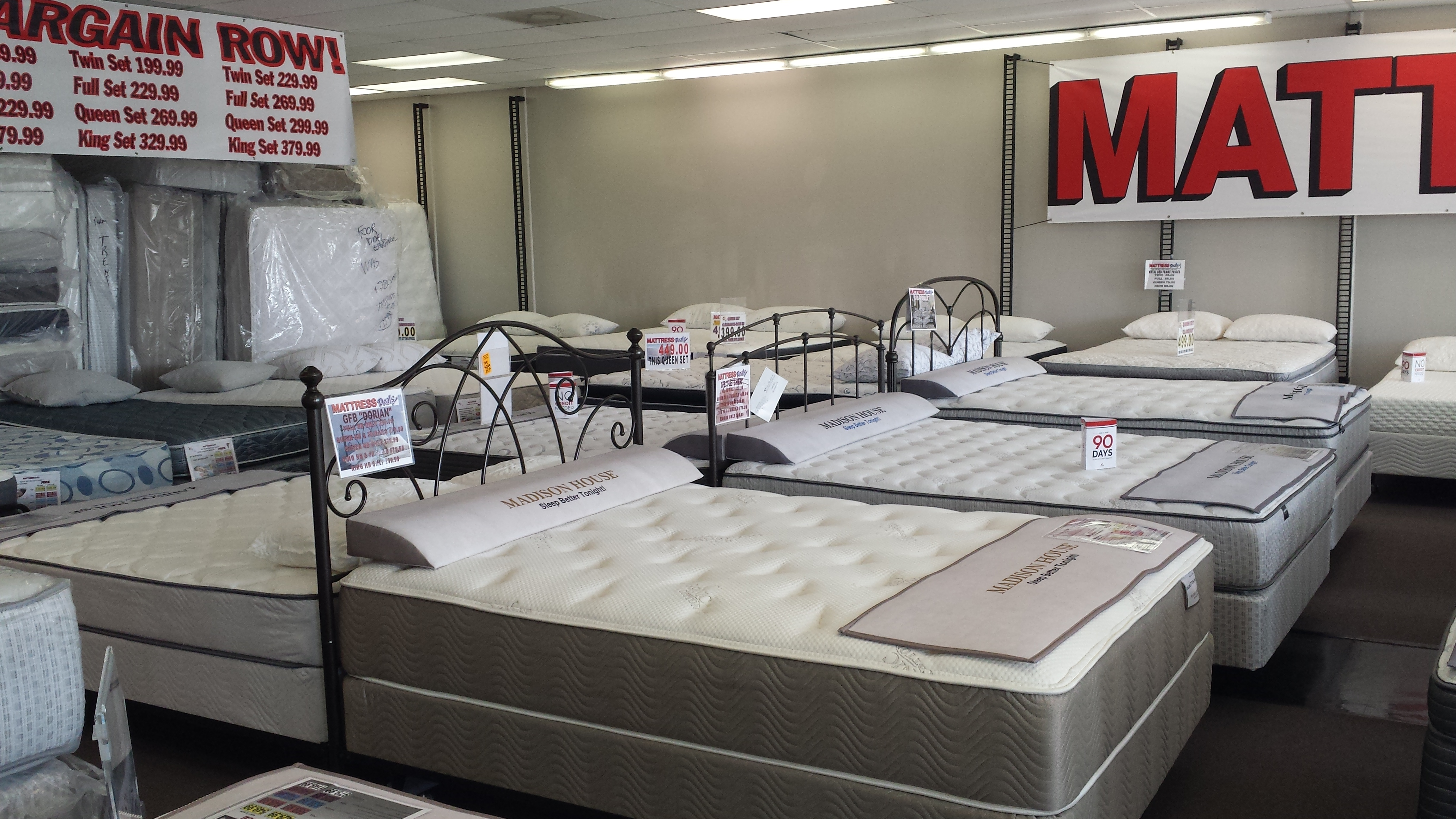 Mattress Deals image 18