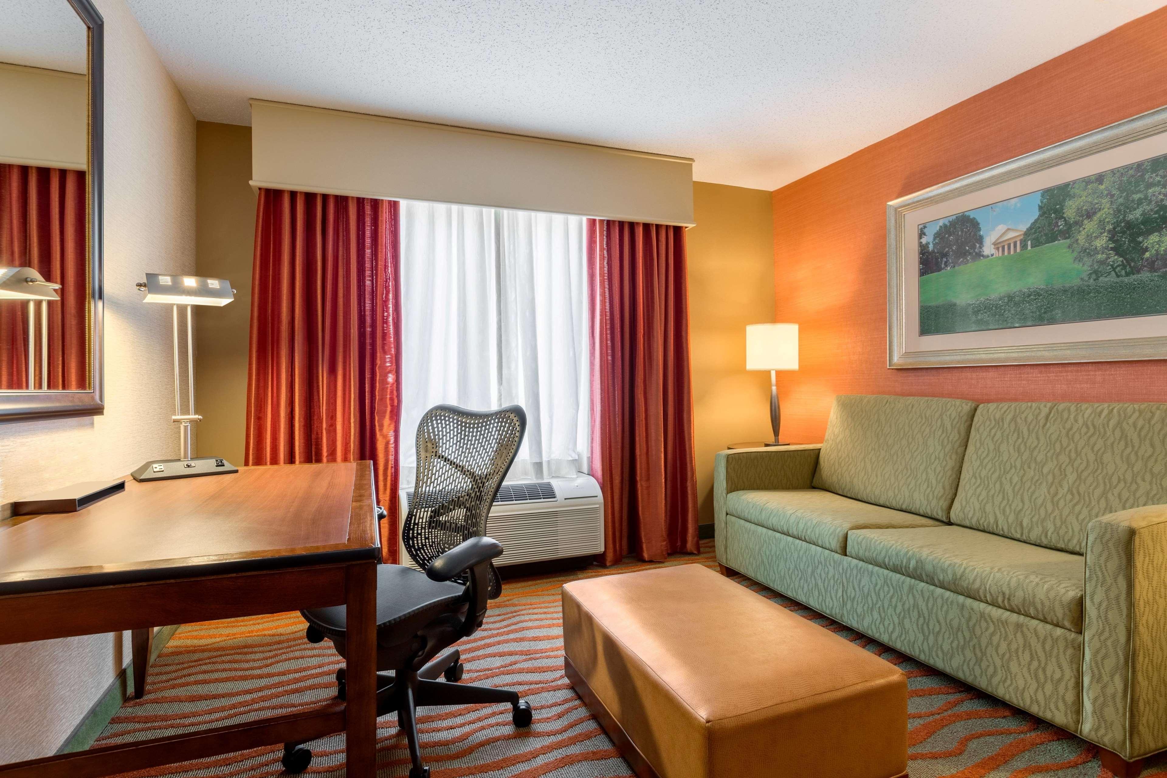 Hilton Garden Inn Arlington/Courthouse Plaza image 20