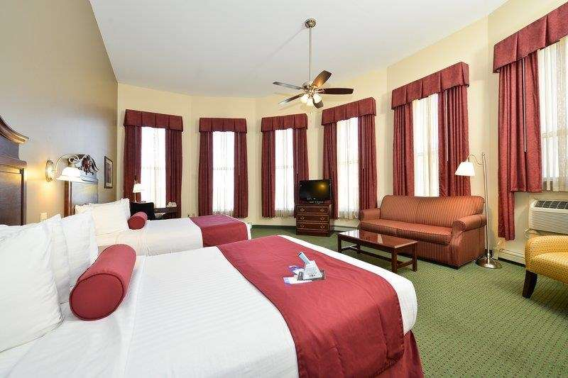 Best Western The Hotel Chequamegon image 8