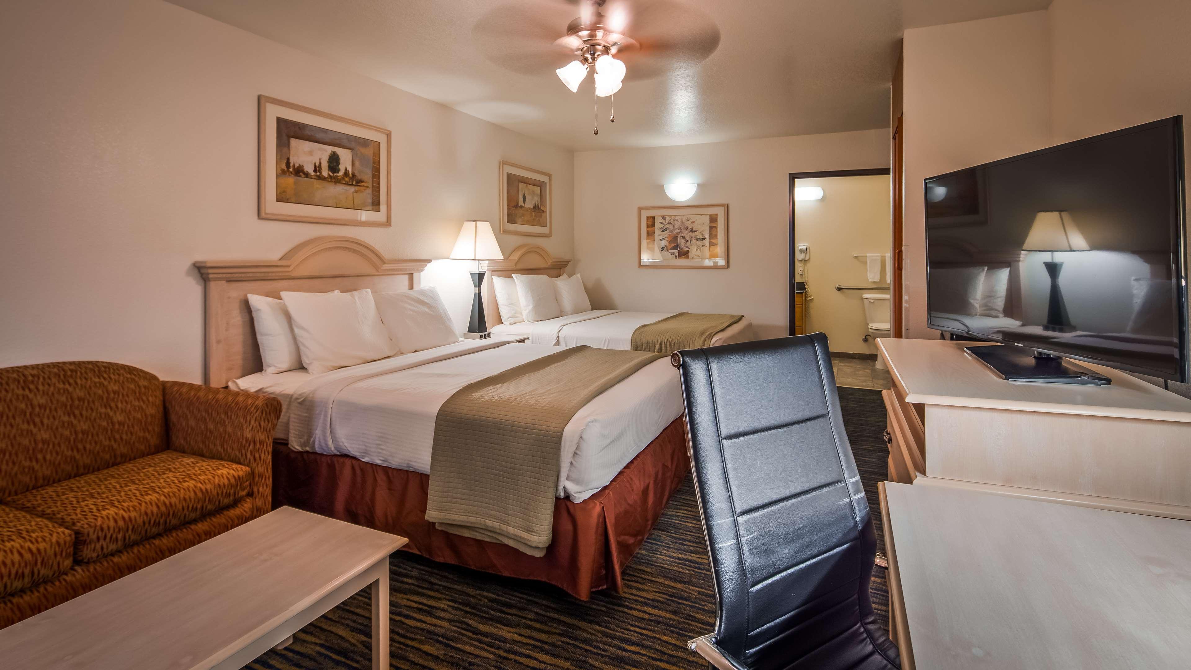 SureStay Hotel by Best Western Falfurrias image 39