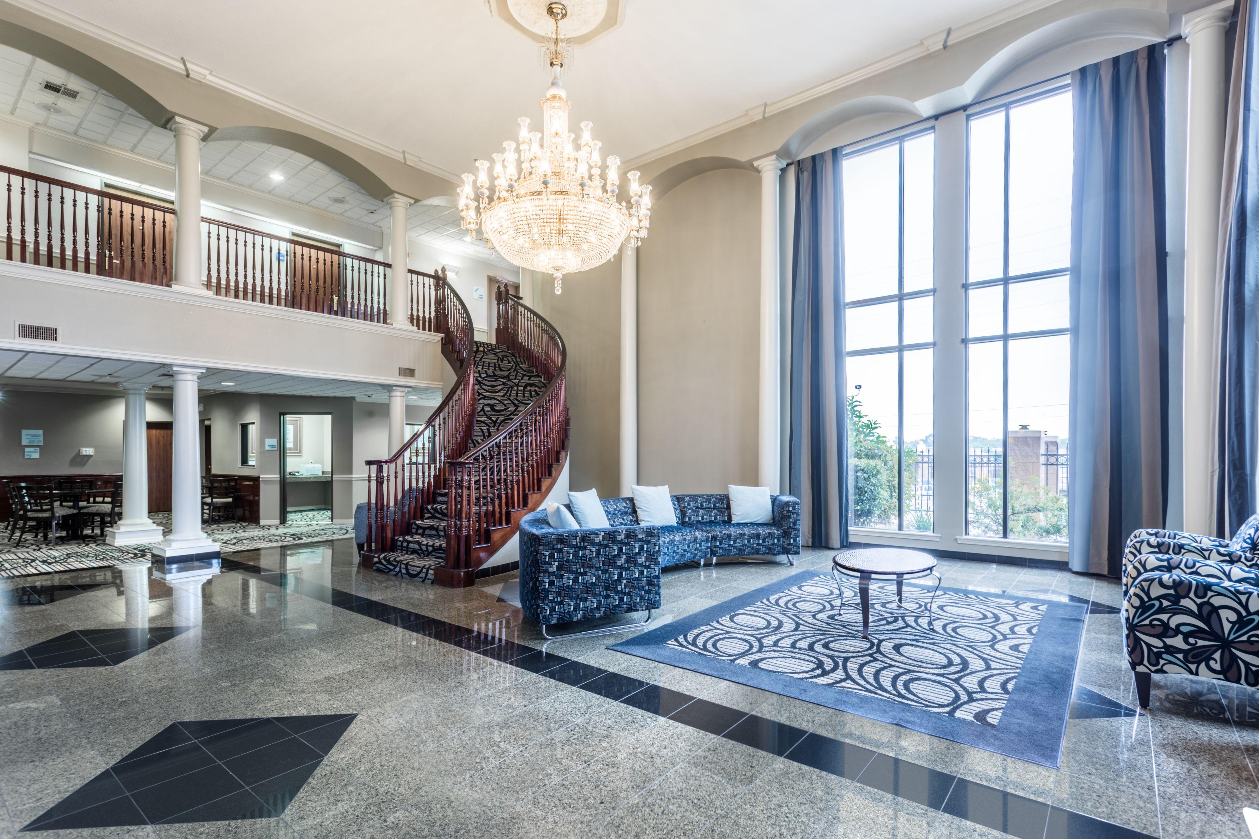 Holiday Inn Express & Suites Lake Charles image 6