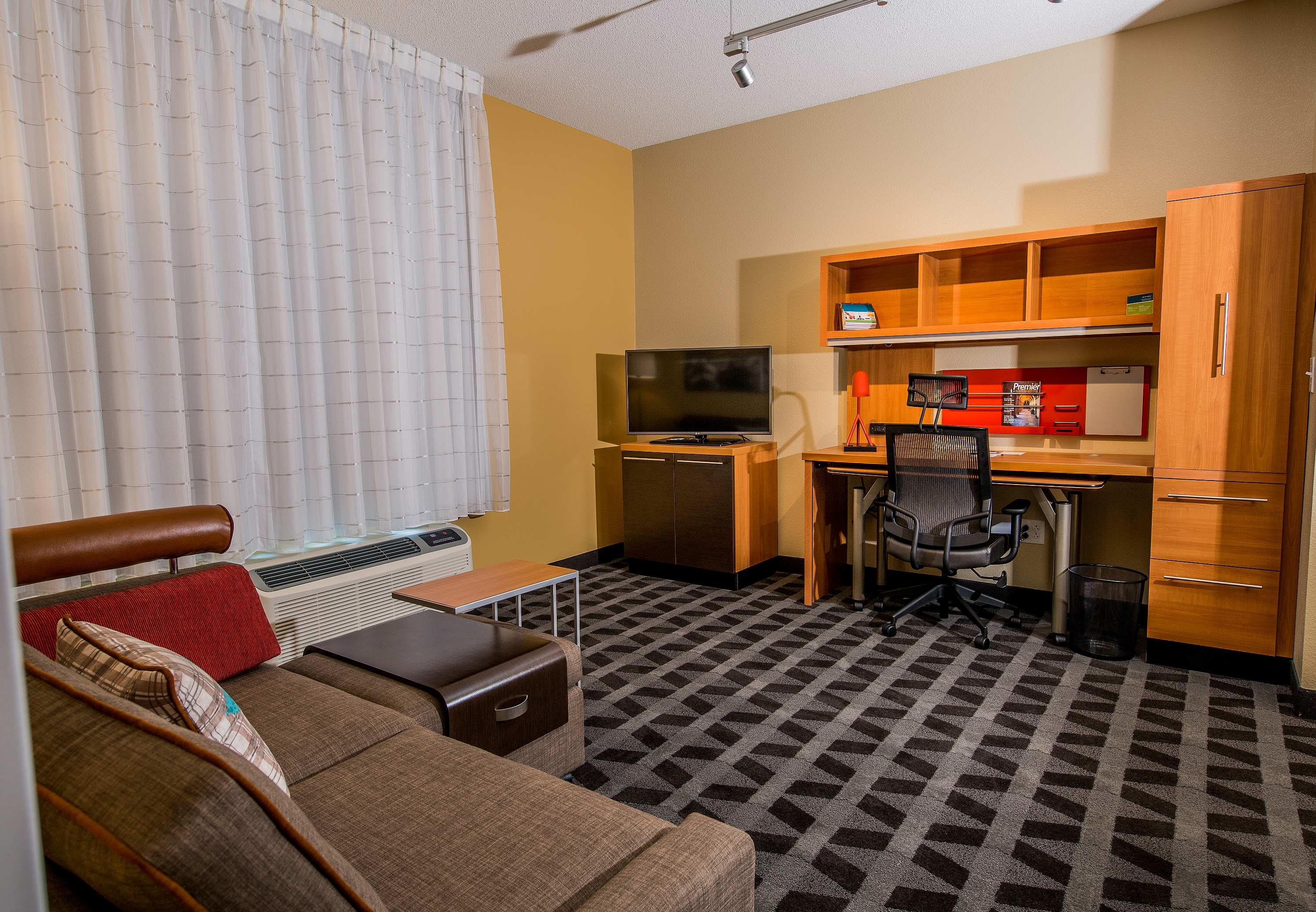 TownePlace Suites by Marriott Florence image 4