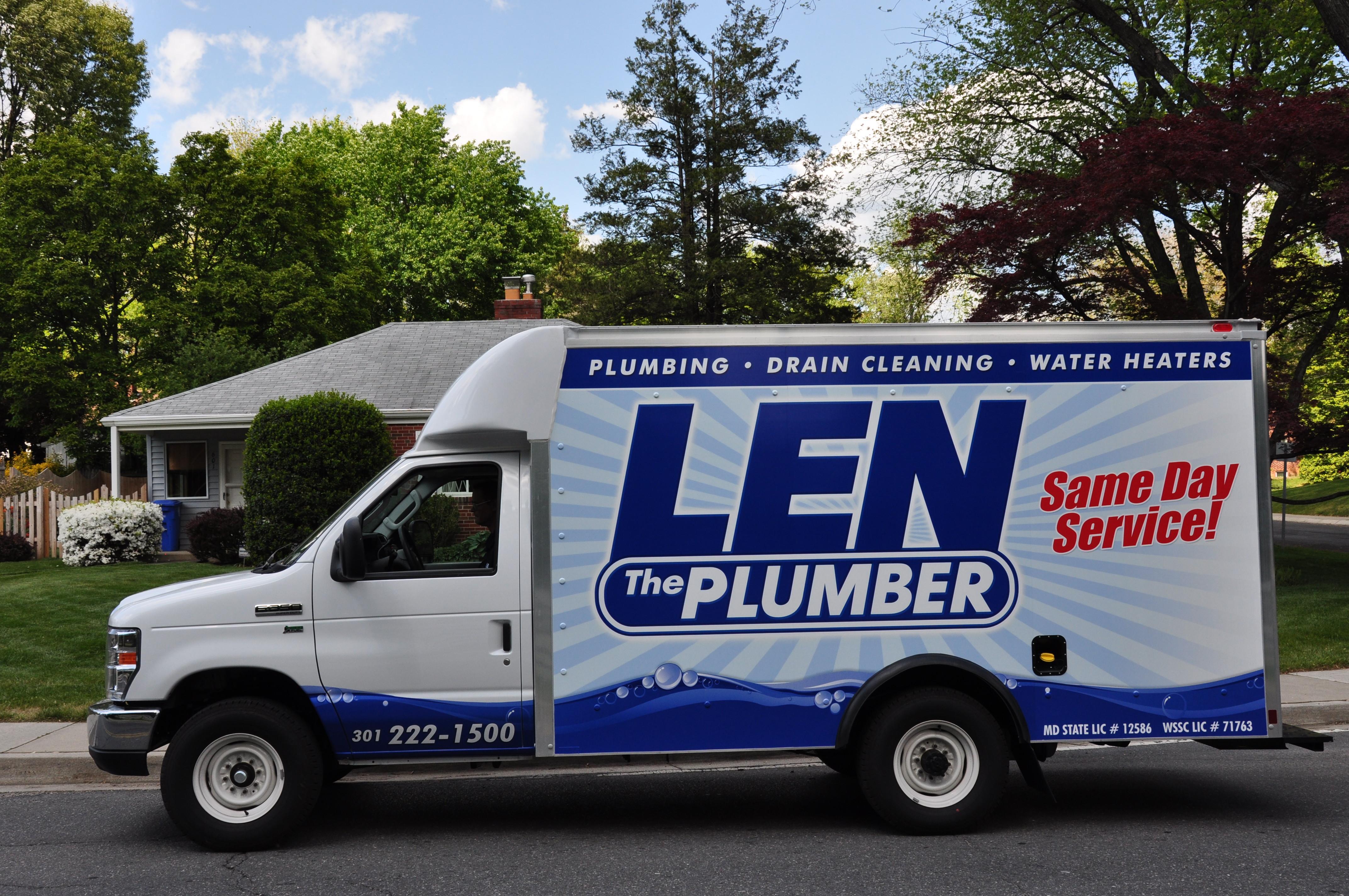 Len The Plumber image 0