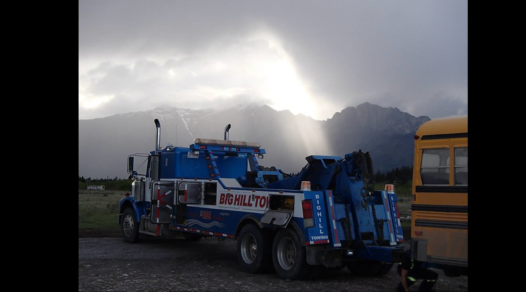 Big Hill Towing & Heavy Duty Repair in Cochrane