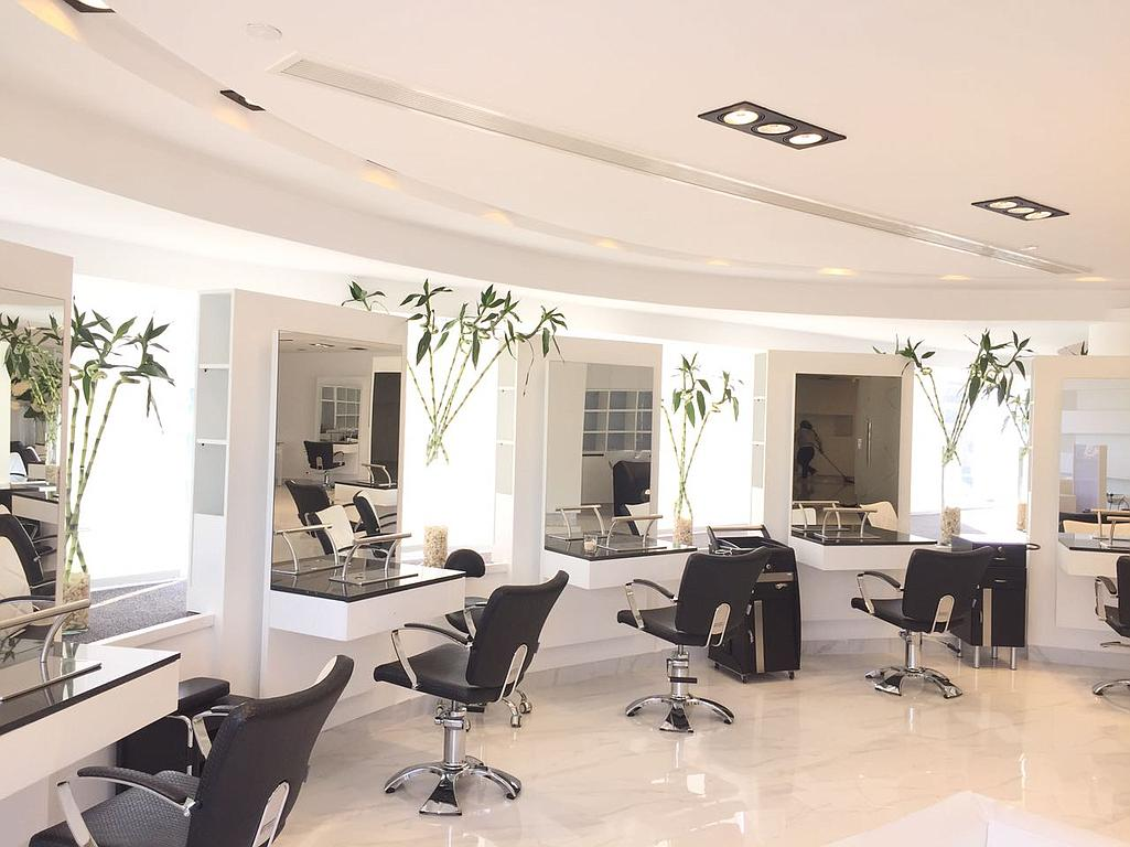 Fly Beauty Salon