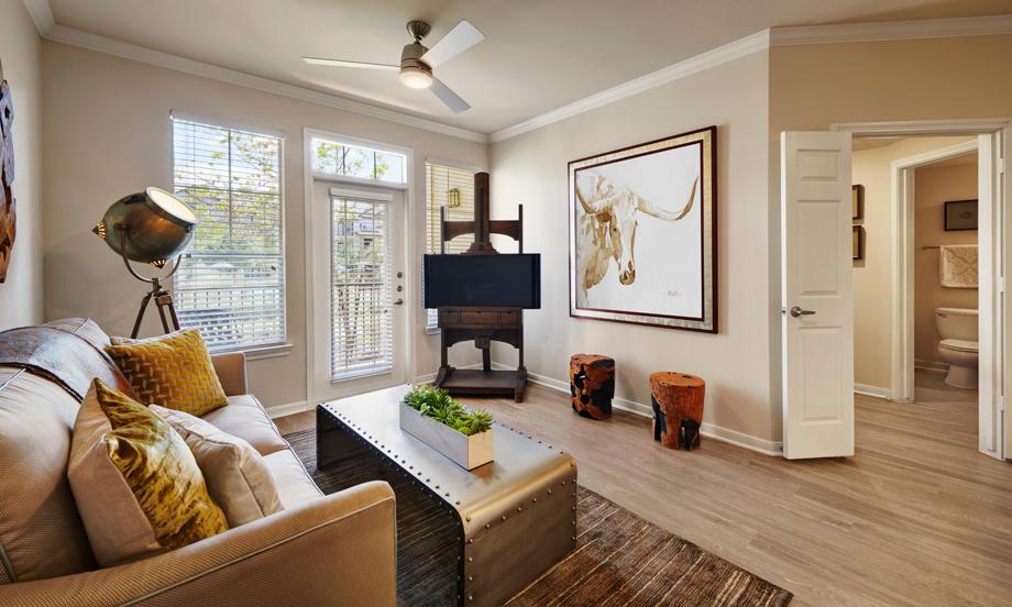 Camden Cedar Hills Apartments image 3
