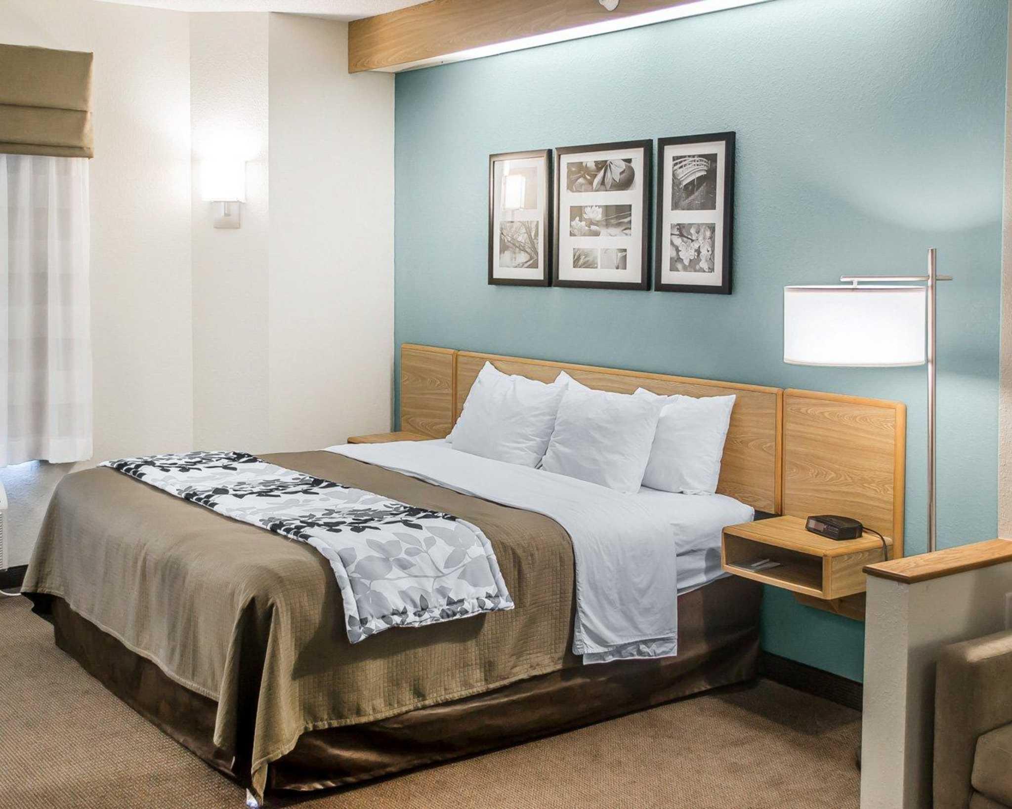 Sleep Inn & Suites image 0