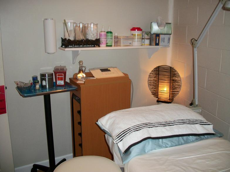 Nails Care And Spa image 0