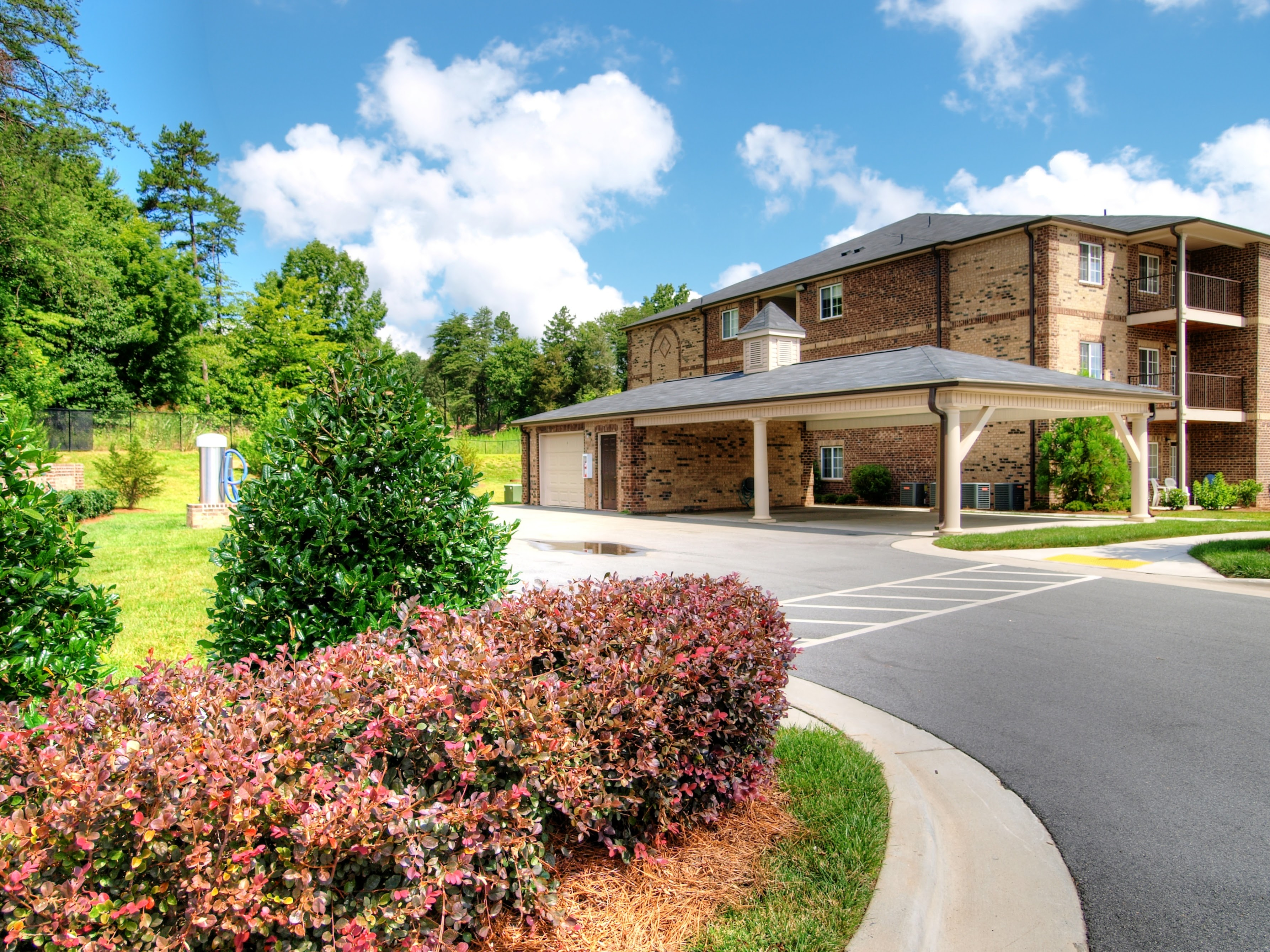 Hayleigh Village Apartments In Greensboro Nc 336 553 1