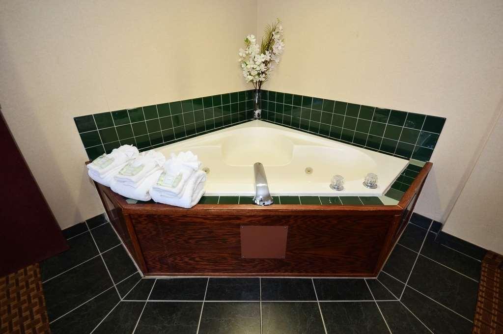 Best Western Concord Inn & Suites image 18